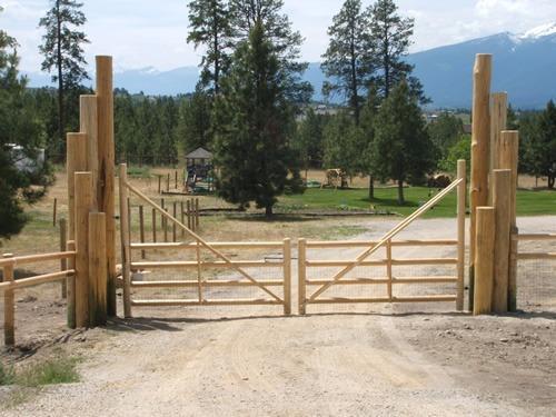 Turkey Creek Fencing image 12