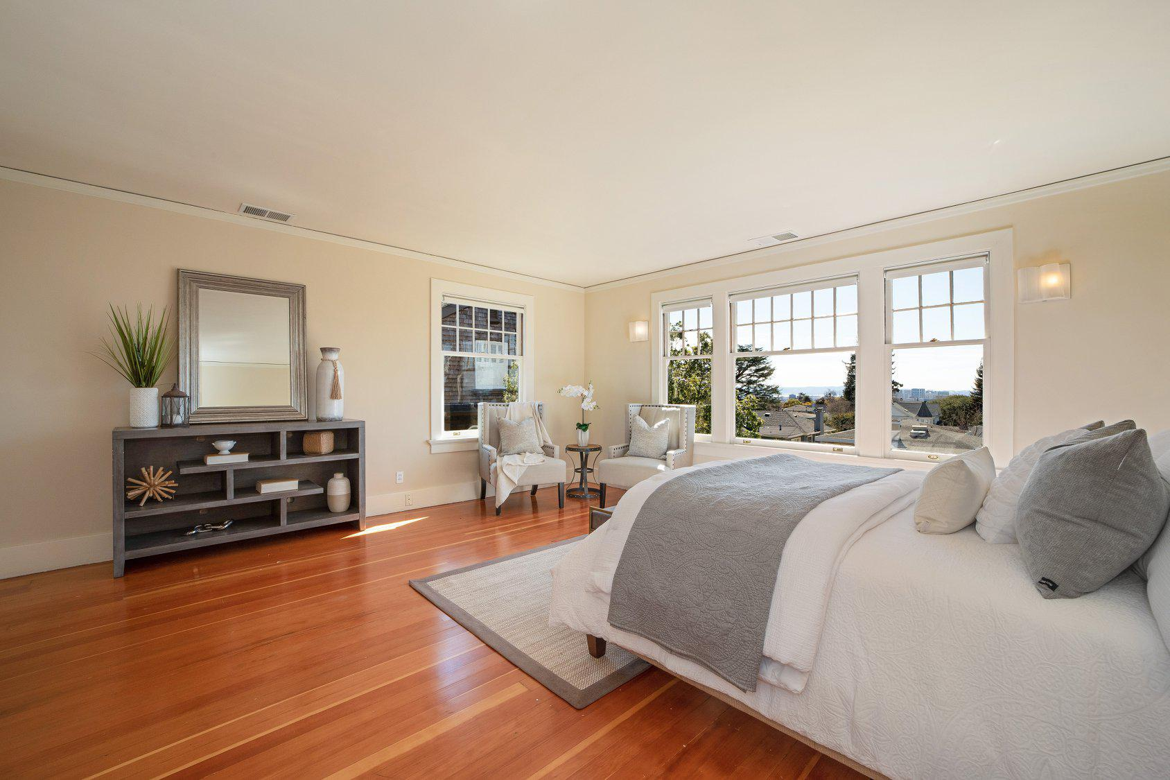 Debbi DiMaggio & Adam Betta | Real Estate image 2
