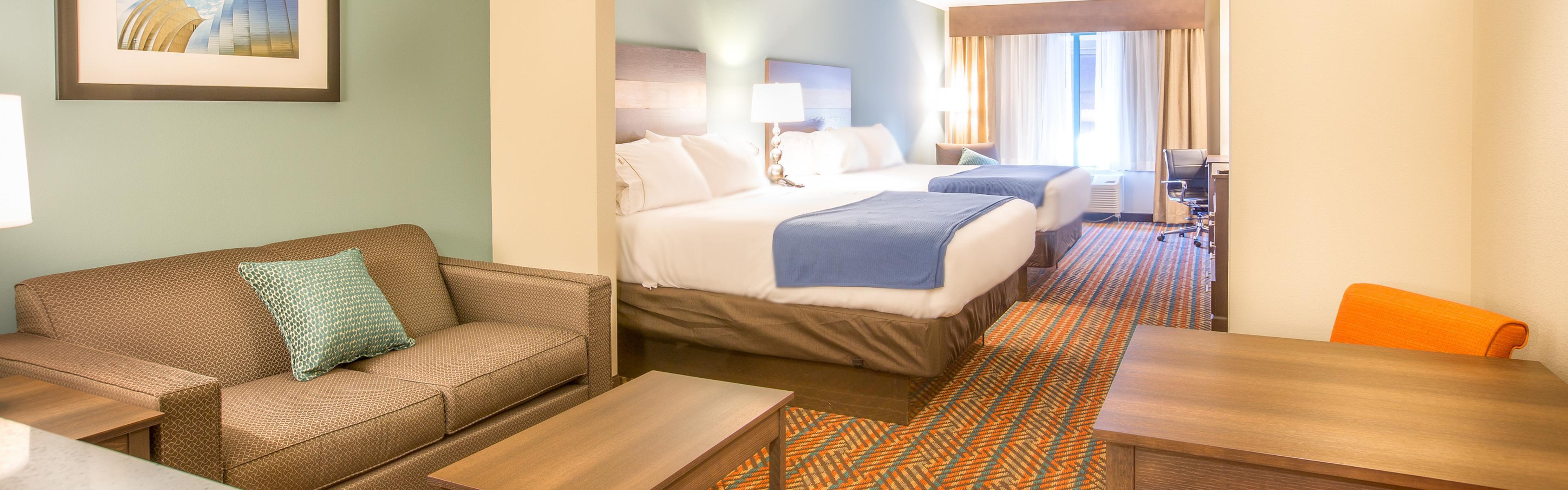 Holiday Inn Express Wichita South image 1