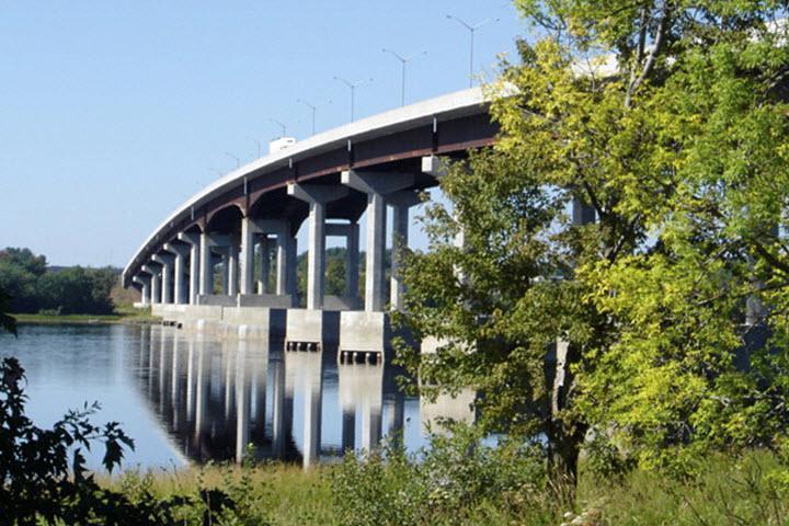 Béton Provincial Ltée à Rimouski: Rivière St-John Gand-Lake Meadows