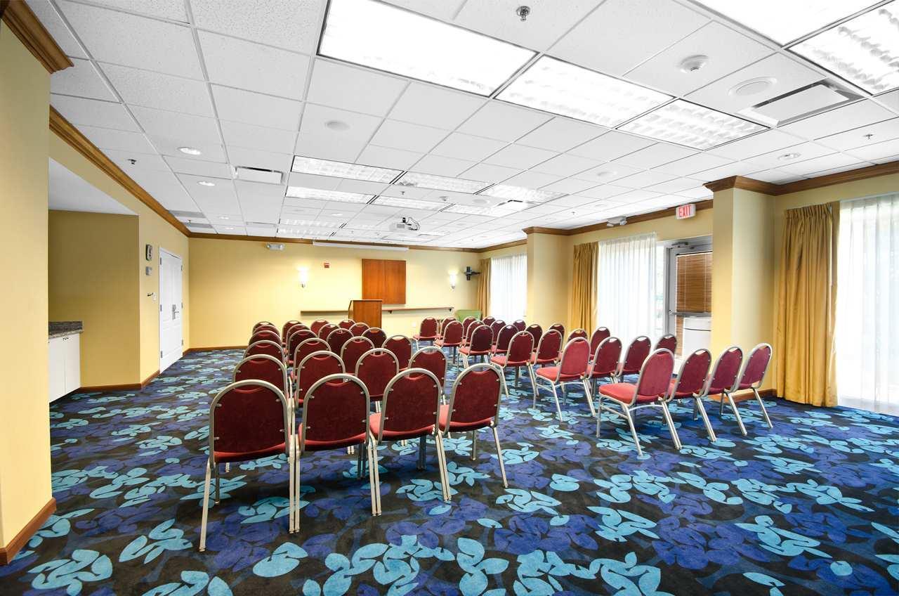 Hampton Inn & Suites Jacksonville South-St. Johns Town Center Area image 22