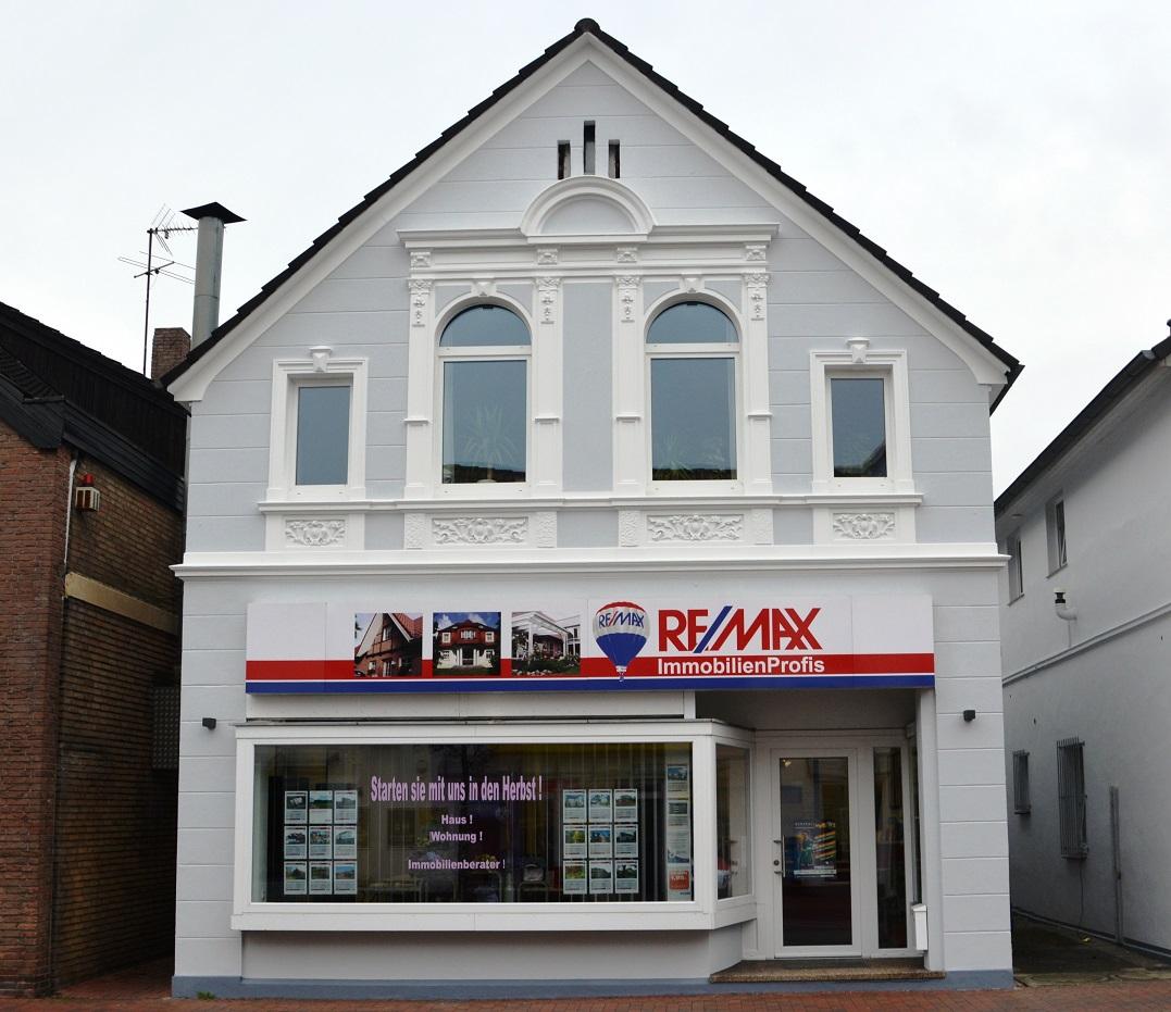 re max immobilienmakler in oldenburg in oldenburg. Black Bedroom Furniture Sets. Home Design Ideas