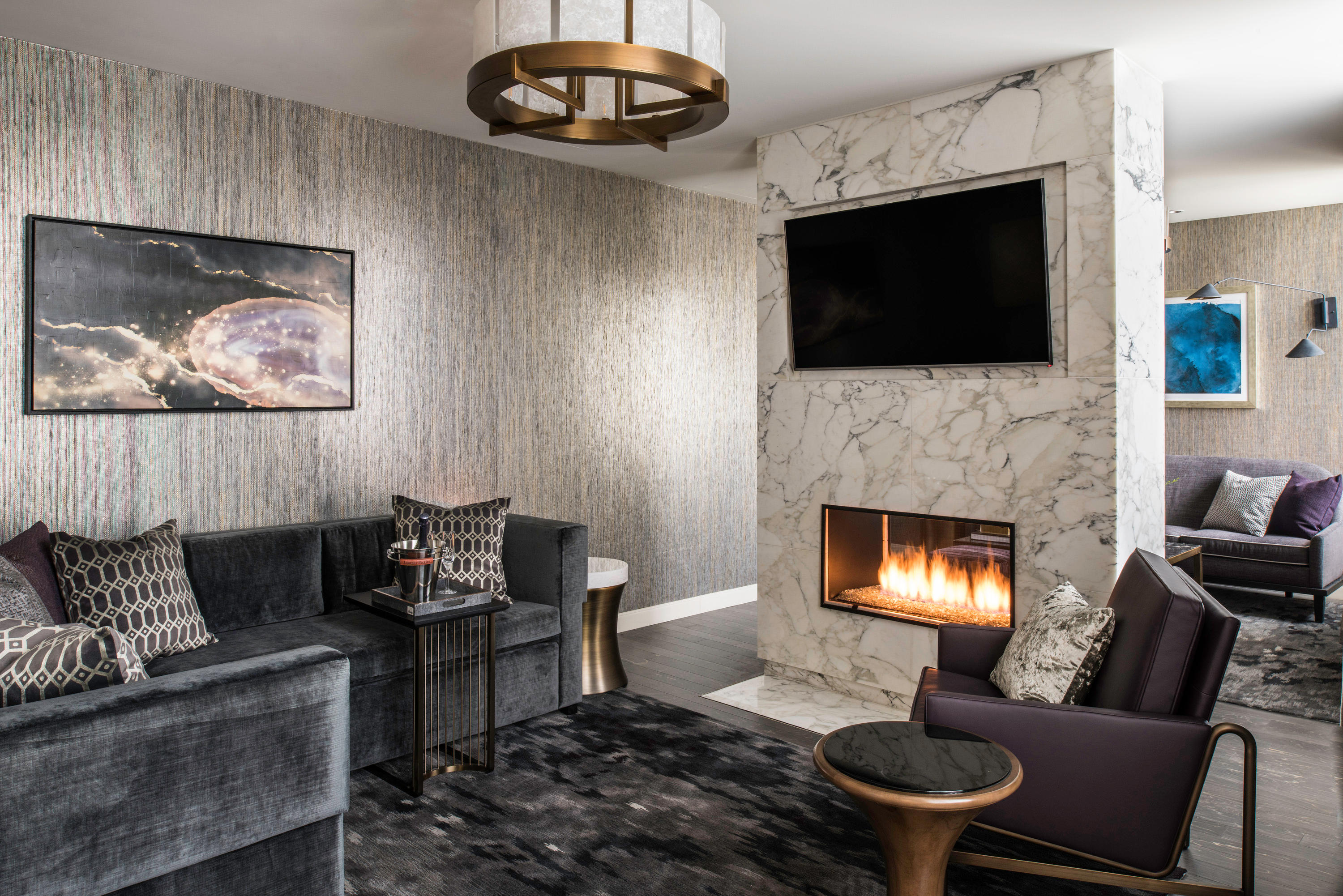 LondonHouse Chicago, Curio Collection by Hilton image 14