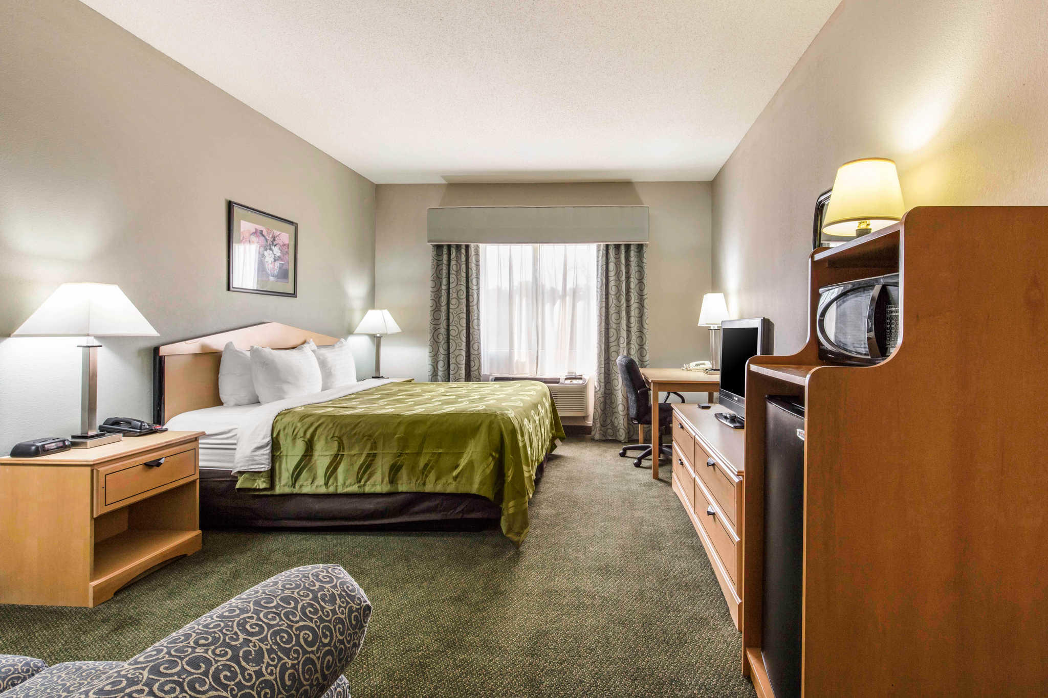 Quality Inn & Suites Jackson Int'l Airport image 21