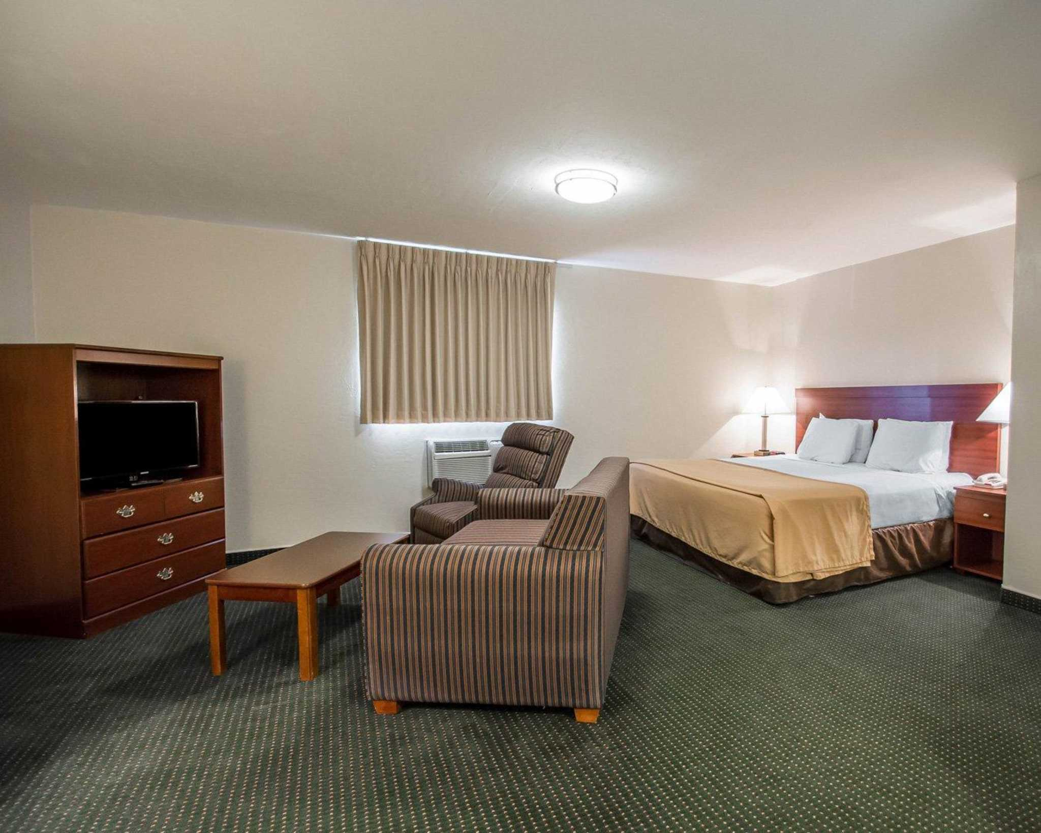 Suburban Extended Stay Hotel image 31