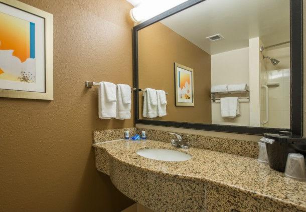 Fairfield Inn & Suites by Marriott Hinesville Fort Stewart image 3