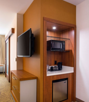 Each of our Burbank hotel suites features a generous wet bar, complete with a mini-refrigerator, microwave, sink and coffee maker to make guests feel at home.