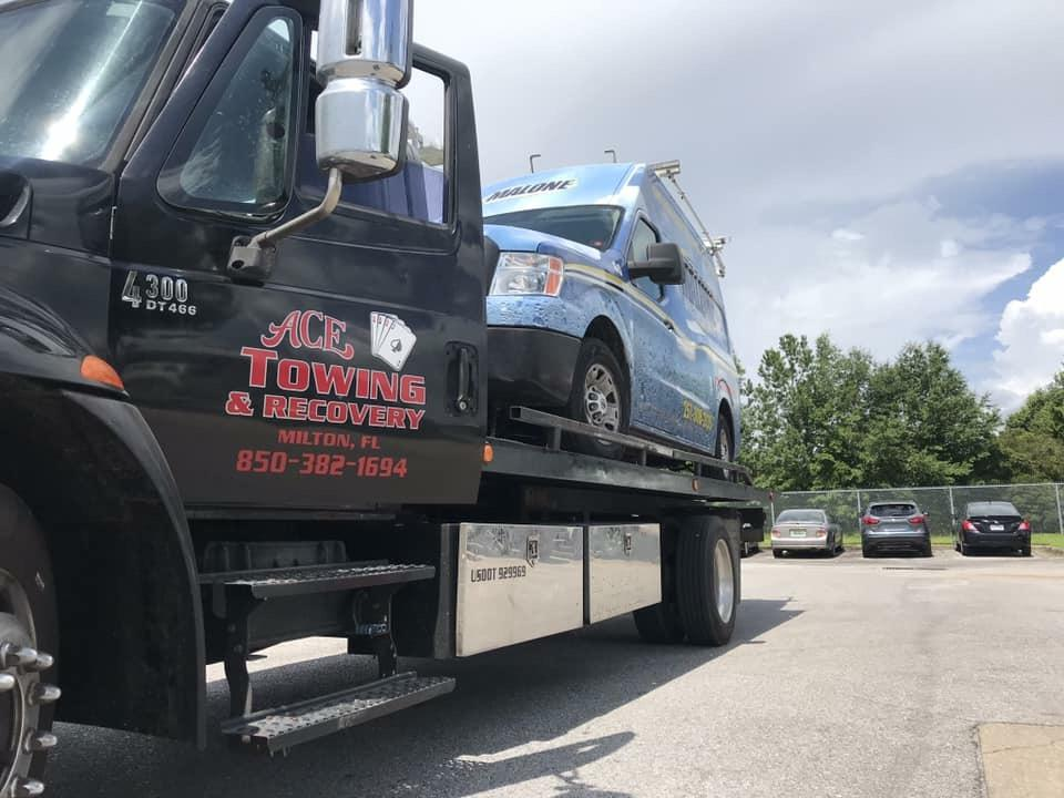 Ace Towing & Recovery image 12