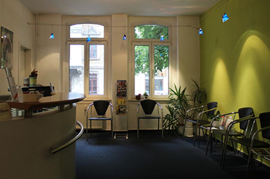 1110981463f9bb Zahnarztpraxis - Sabine Wolf - 3 Bewertungen - Halle an der Saale  Paulusviertel - Carl-von-Ossietzky-Straße