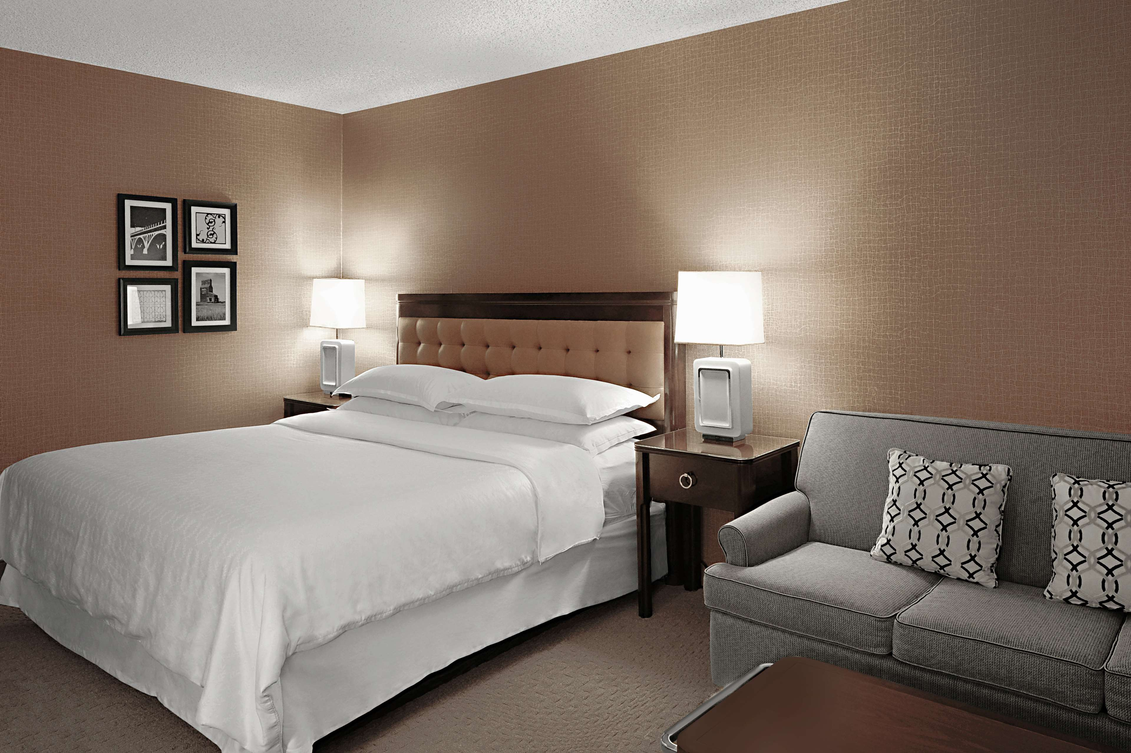 Sheraton Cavalier Saskatoon Hotel in Saskatoon: Club