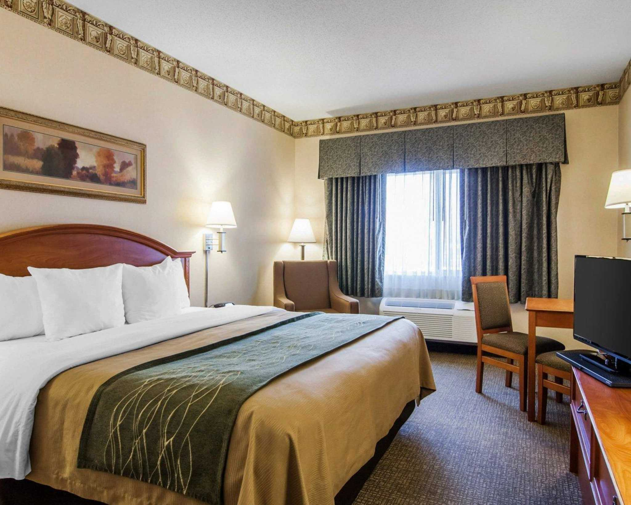 Comfort Inn South - Medford, OR - Business Information