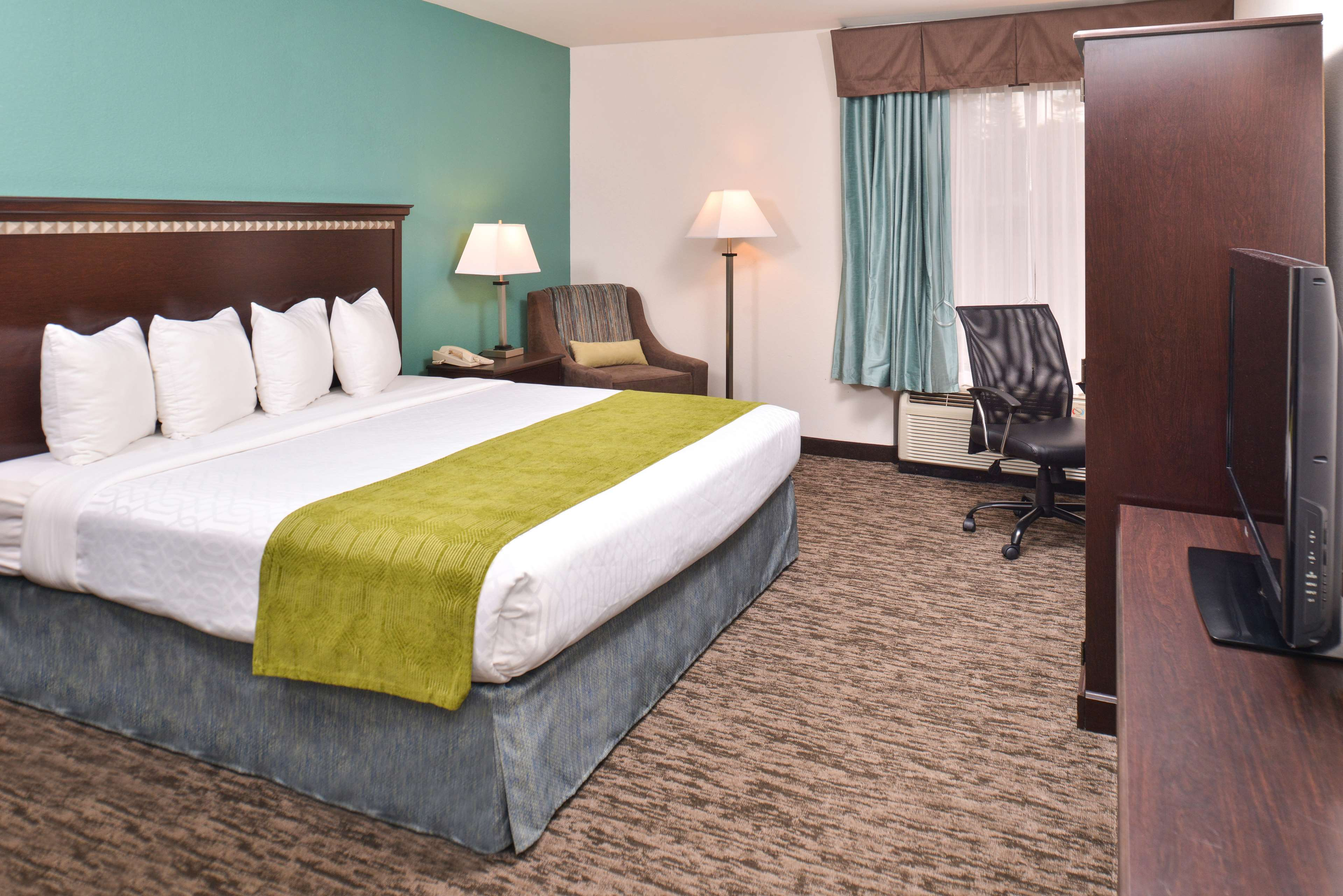Best Western Plus Chicagoland - Countryside image 32