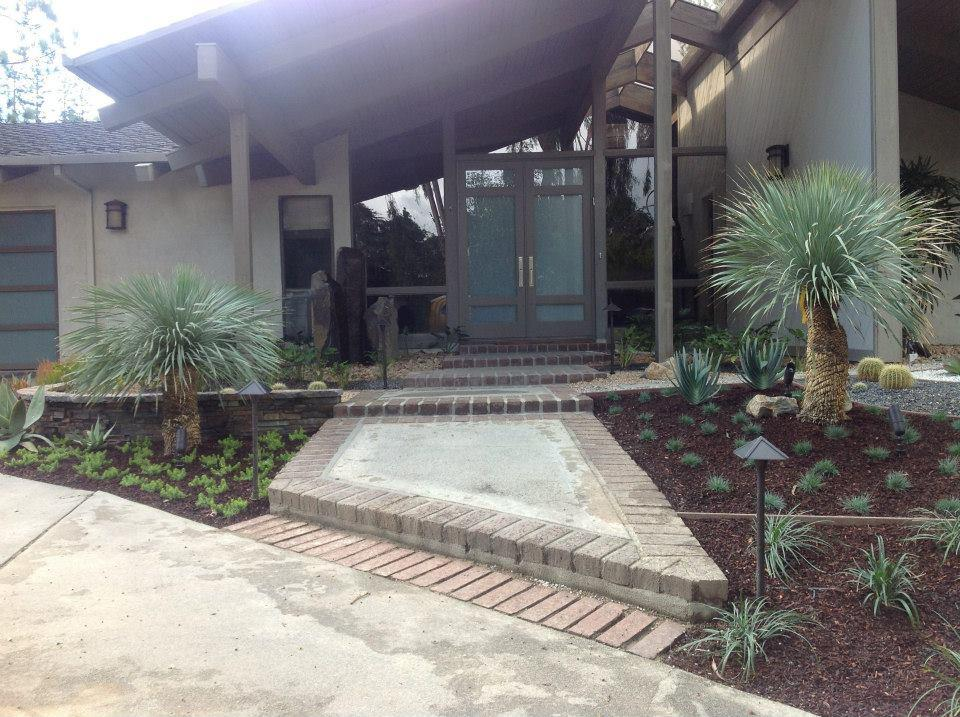 Flores Landscaping image 15