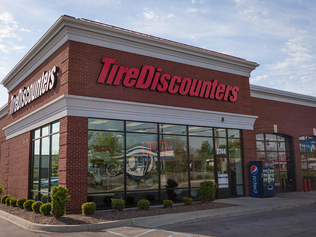 tire discounters in lexington ky 859 410 2. Black Bedroom Furniture Sets. Home Design Ideas