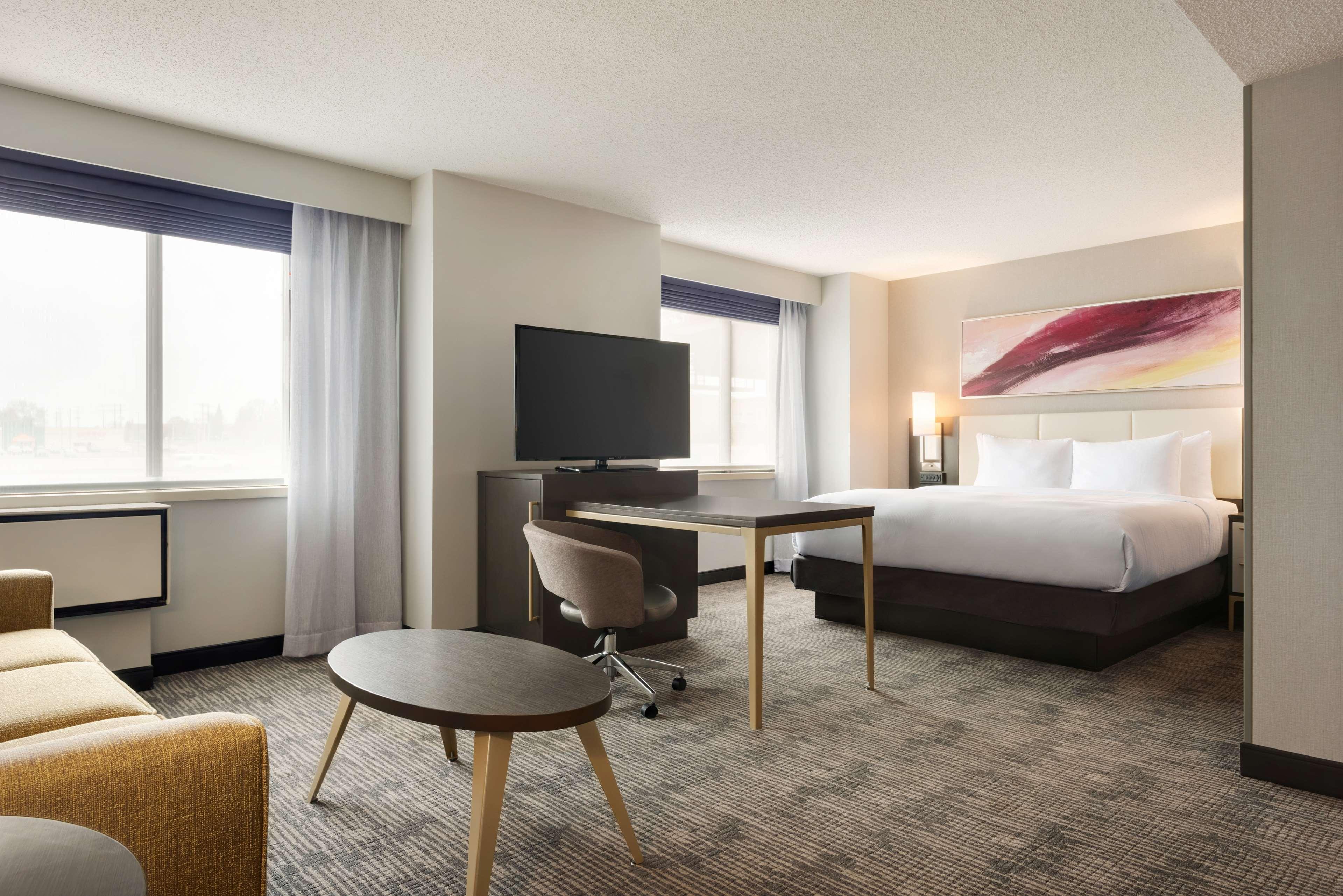 DoubleTree by Hilton St. Paul East image 19