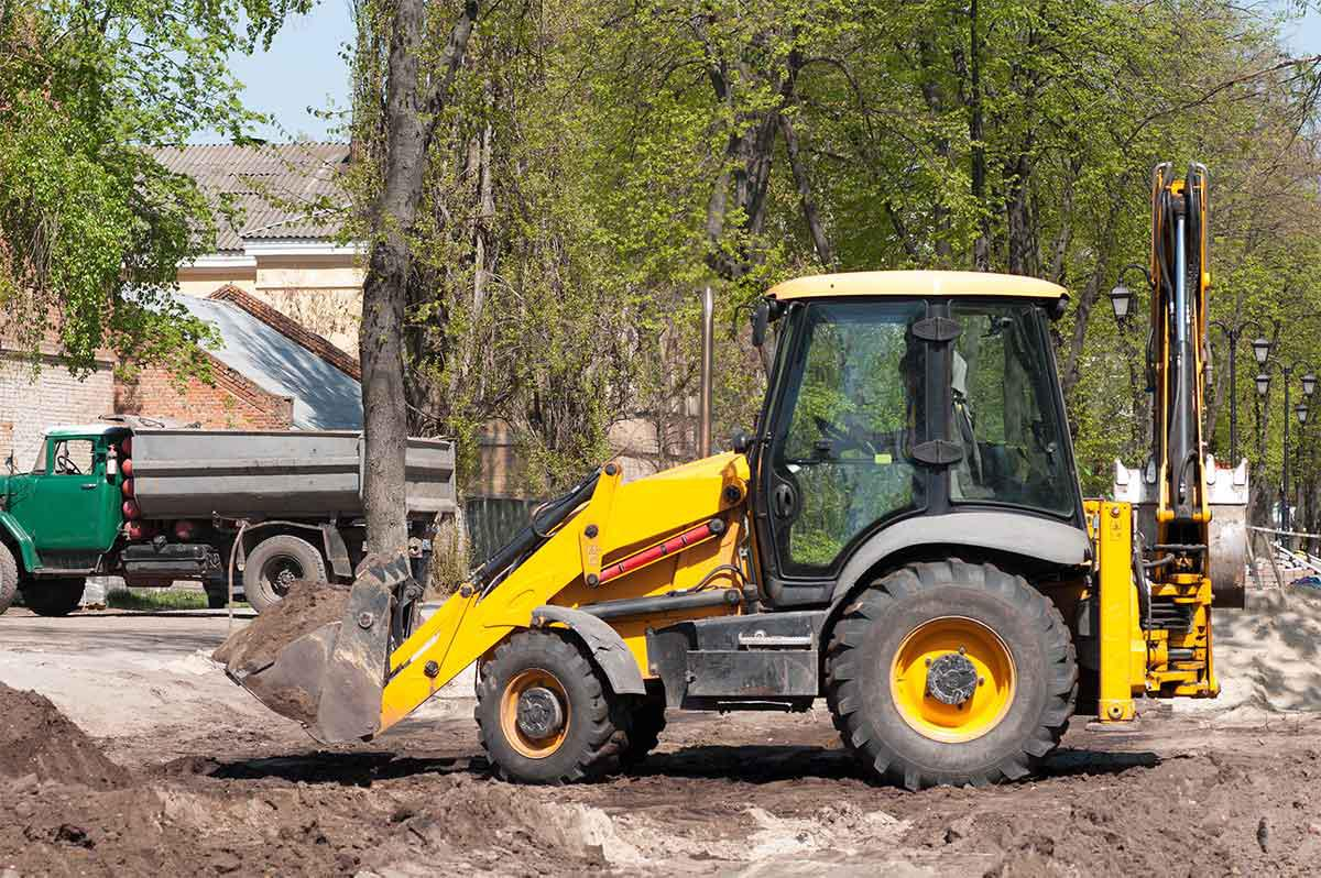 Whether you need a bulldozer, skid steer, or a man lift, we are here for you.