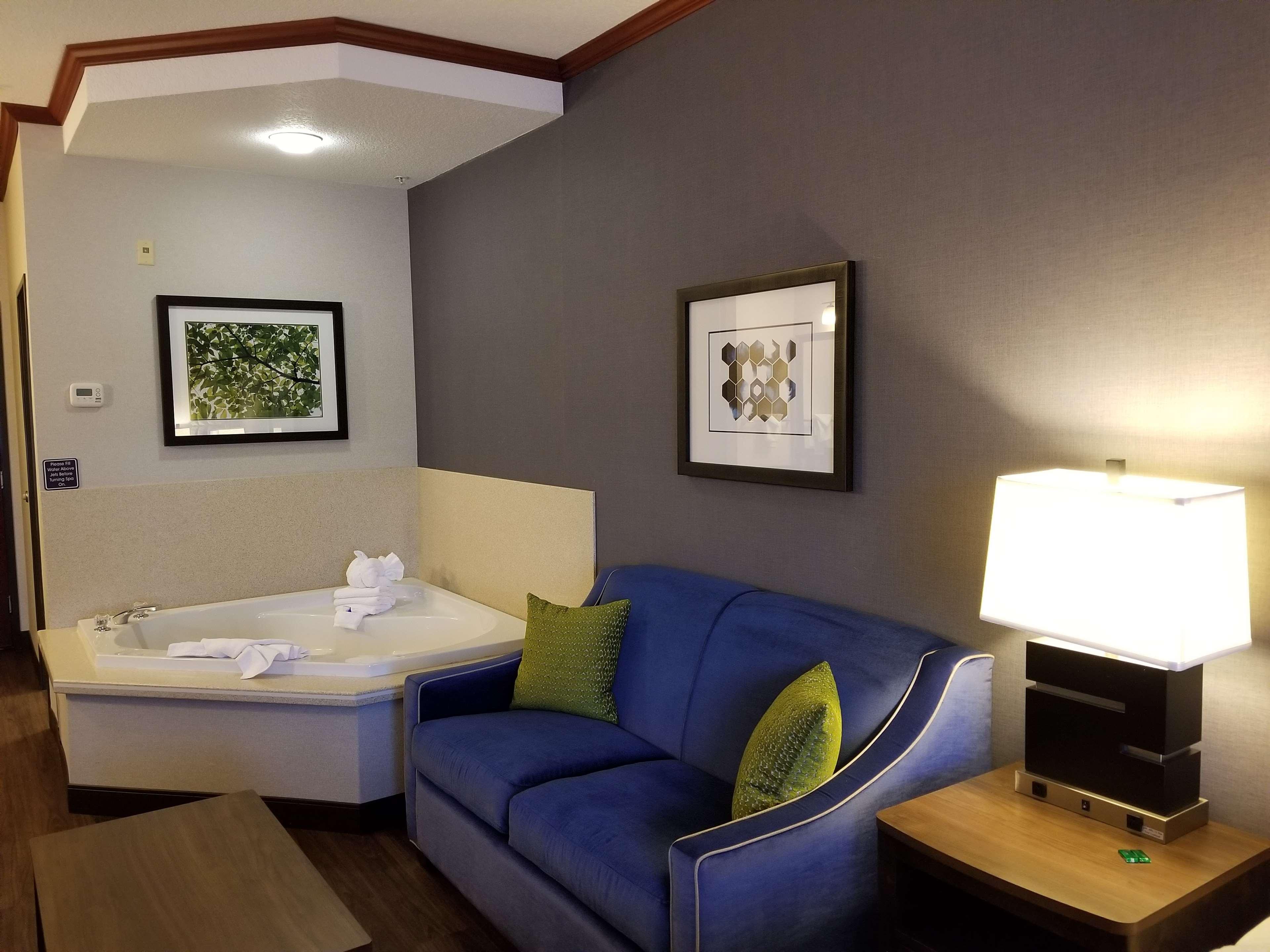 Best Western Plus Northwind Inn & Suites image 8