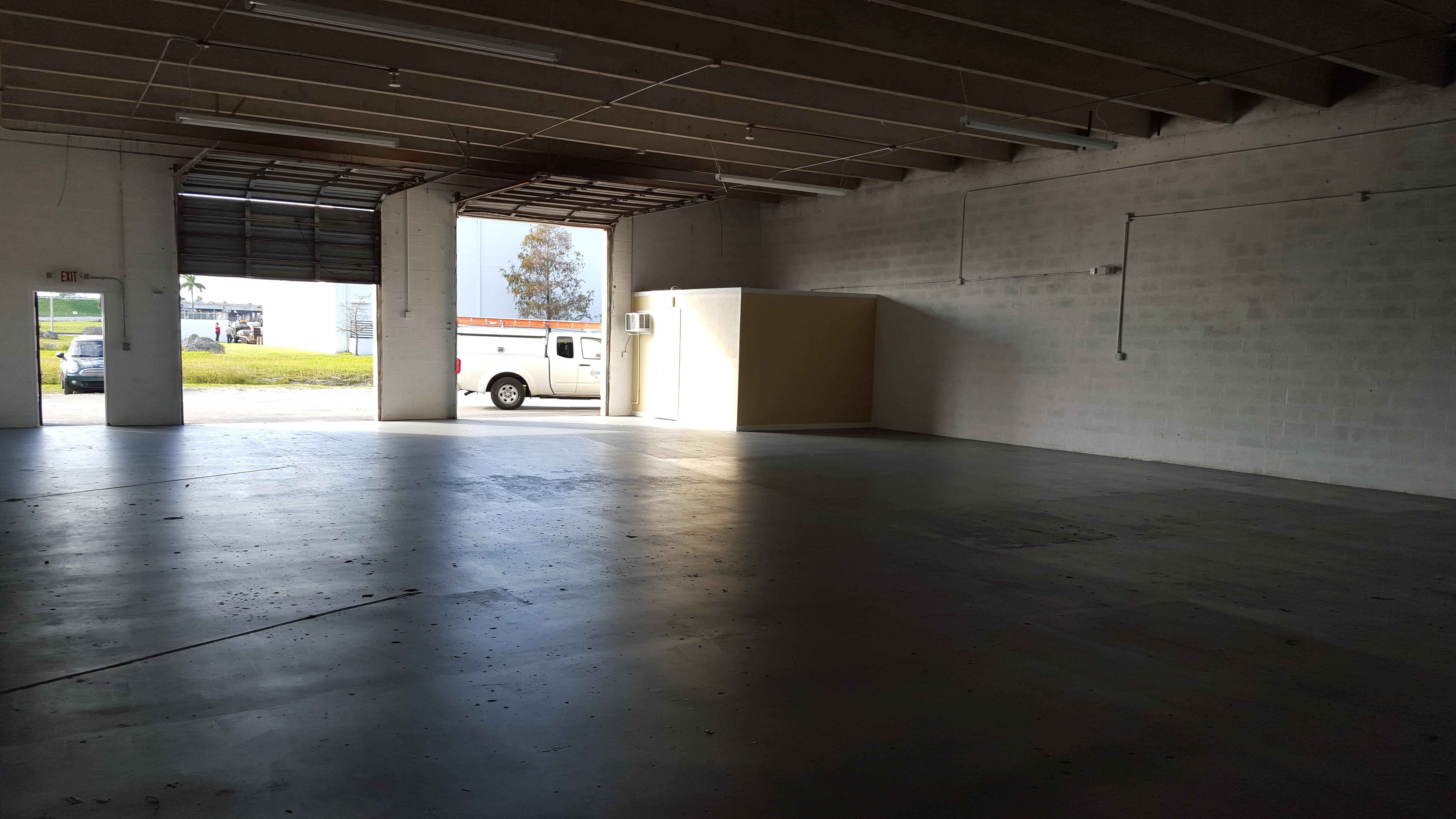 Warehouse for Rent in Miami image 60