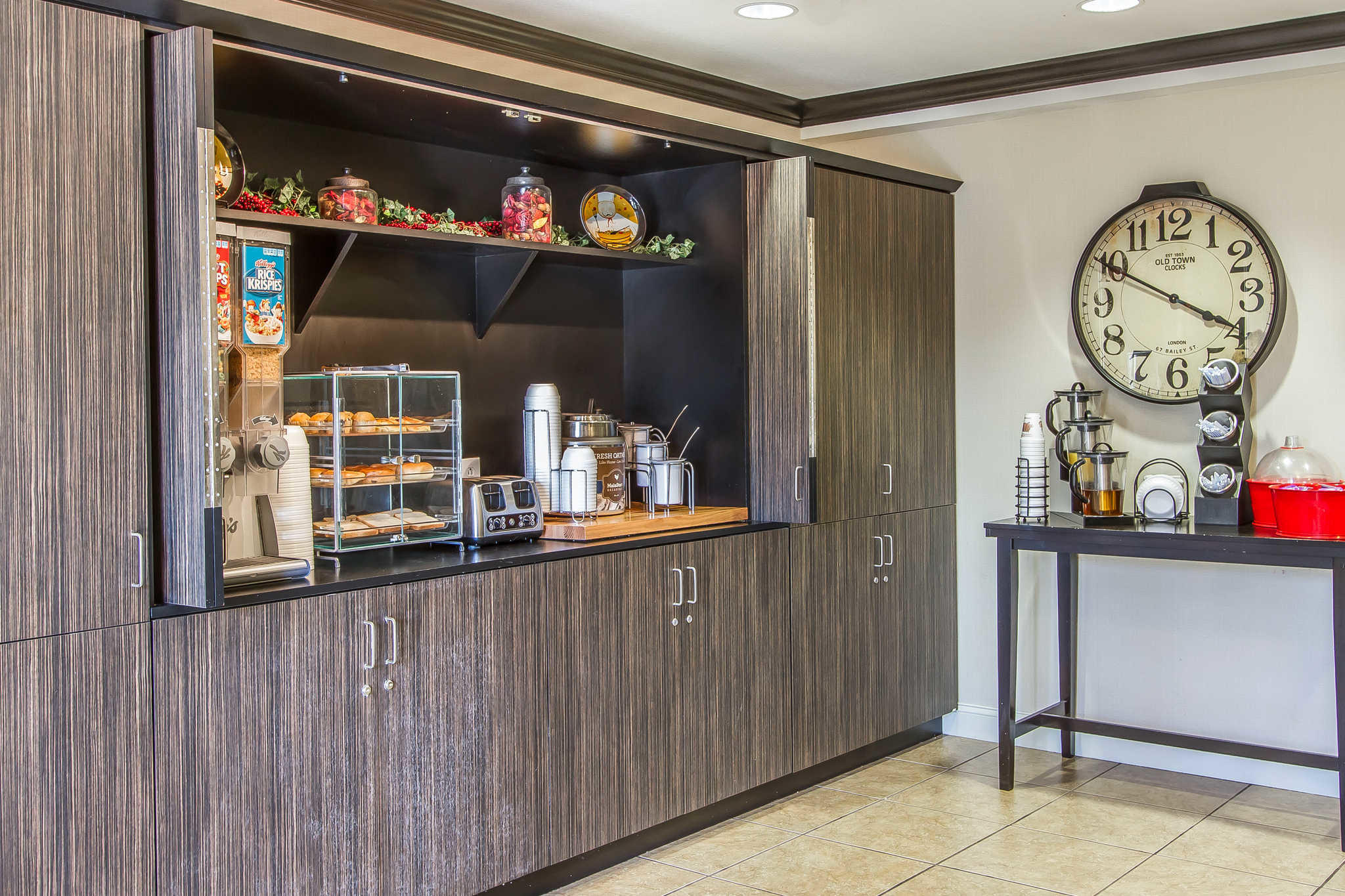 MainStay Suites Fort Campbell image 37