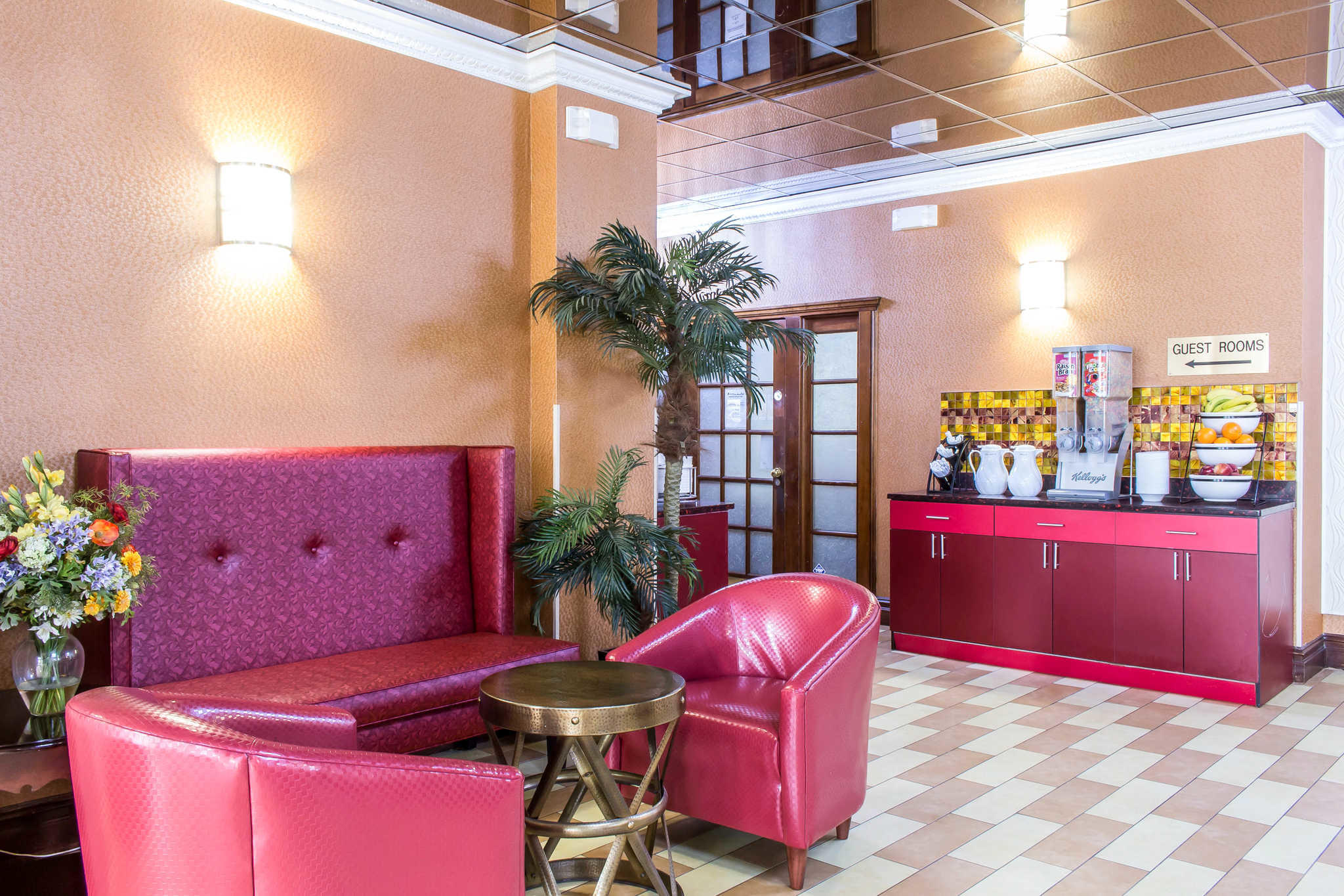 Rodeway Inn Capri image 28