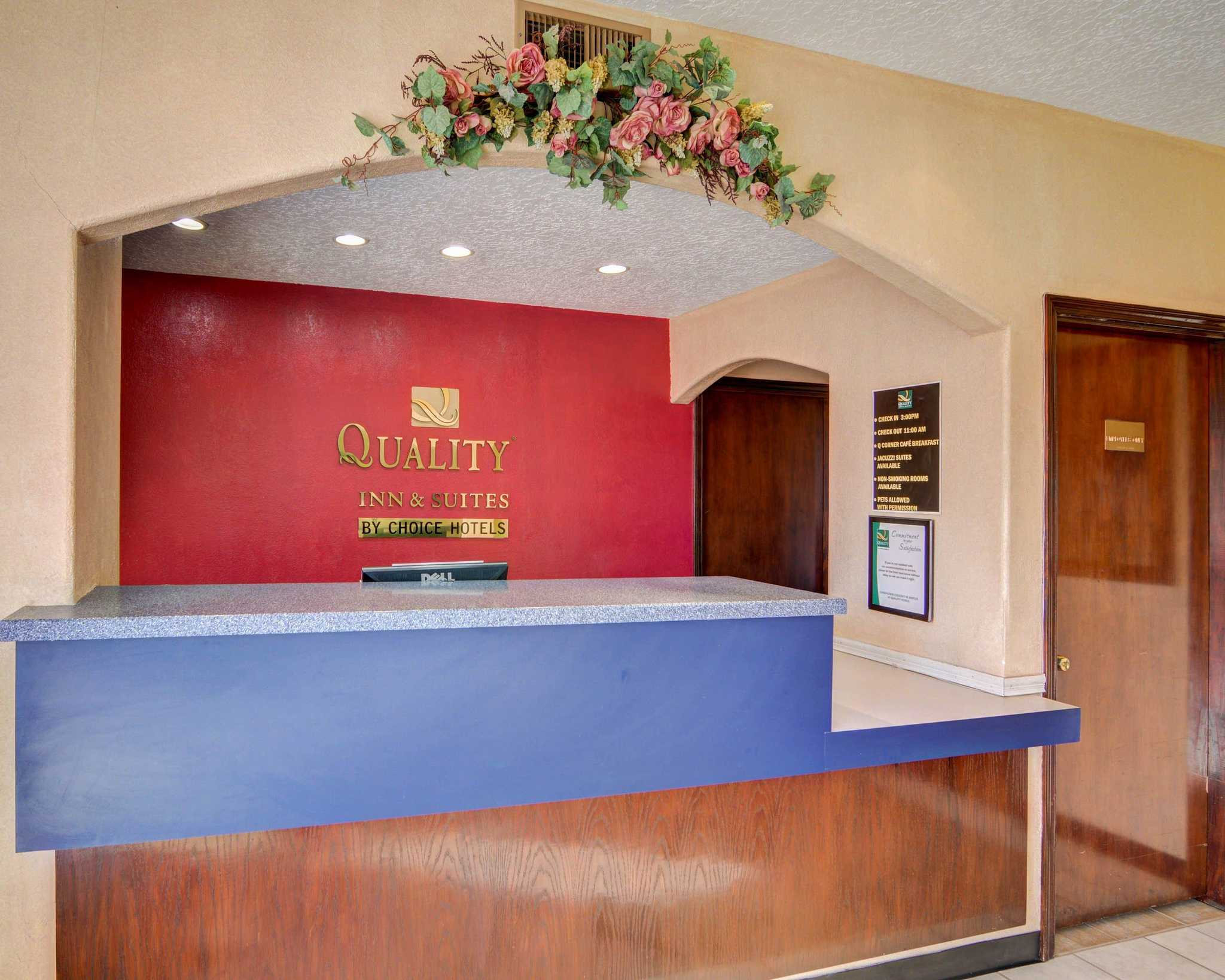 Quality Inn & Suites Canton image 11