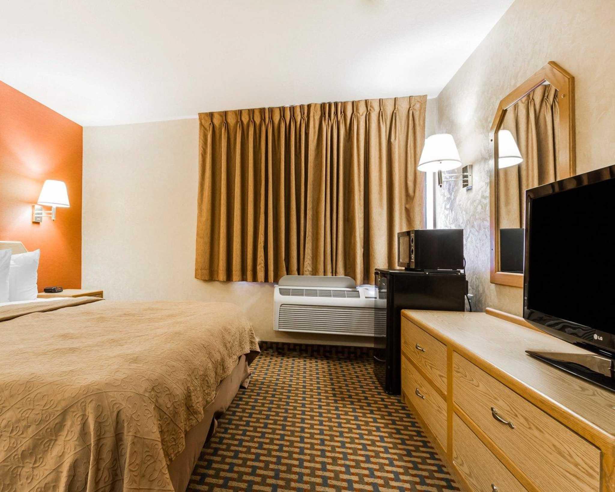 Quality Inn & Suites Surprise Near Sun City West image 11