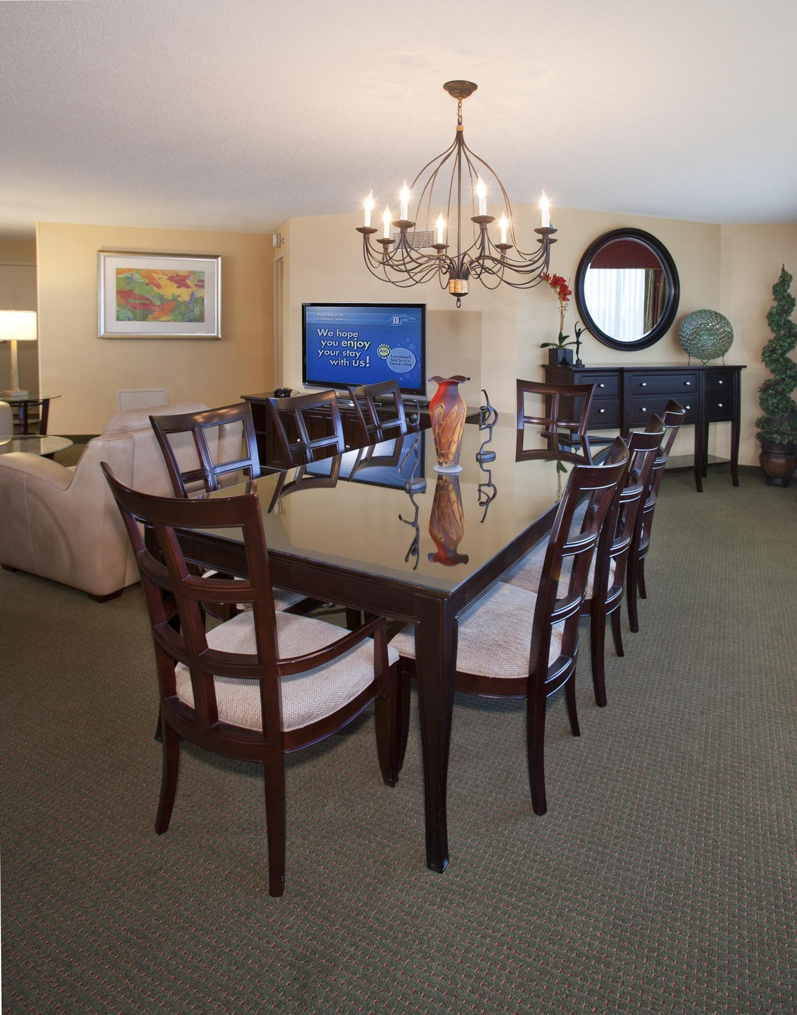 Embassy Suites by Hilton Detroit Troy Auburn Hills image 31