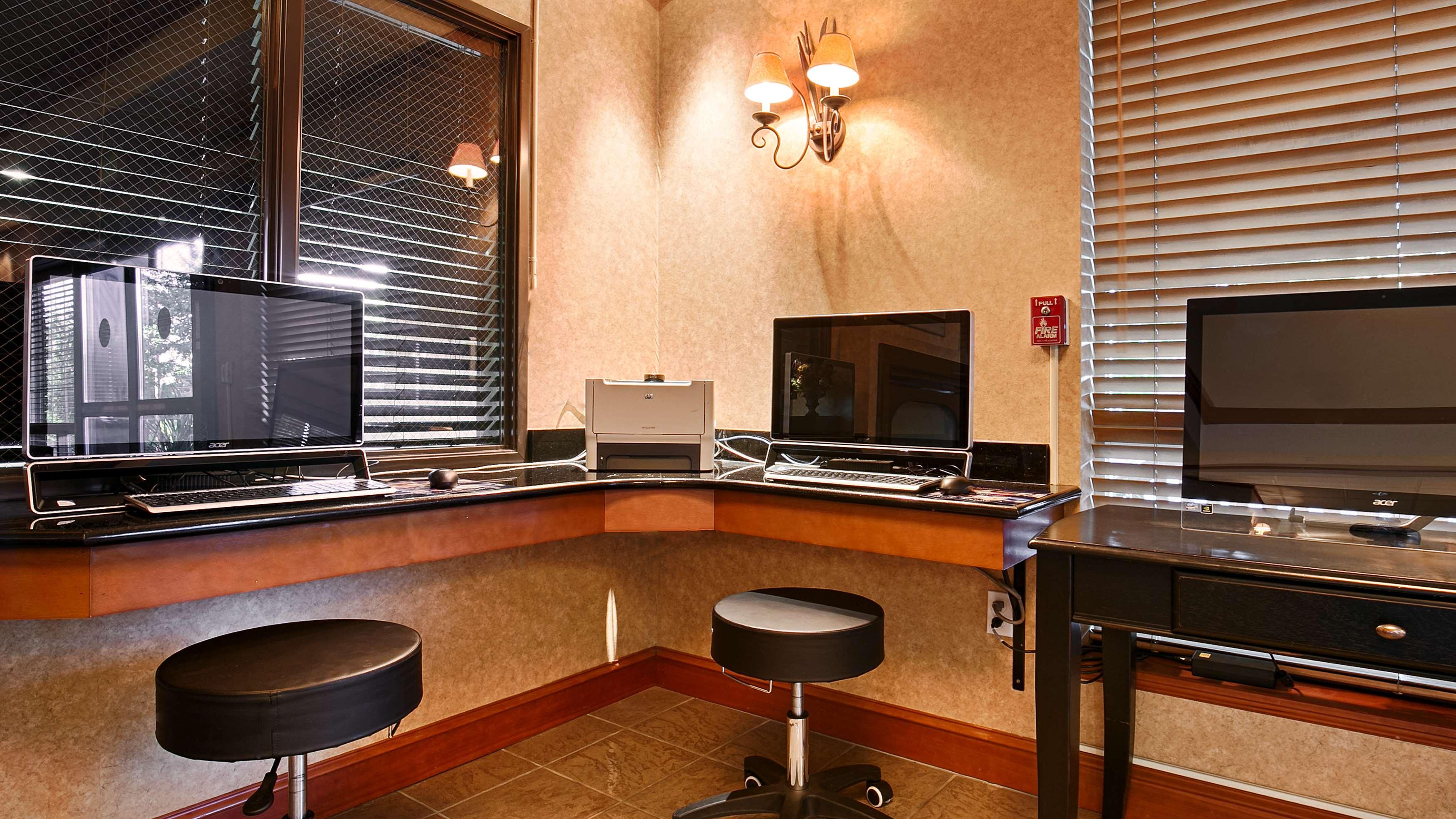 Best Western Plus Northwind Inn & Suites image 19