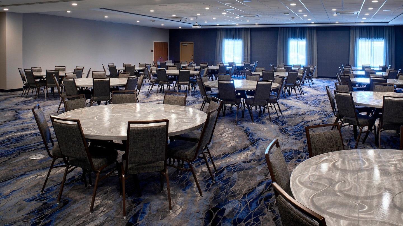 Fairfield Inn & Suites by Marriott Columbus, IN image 13