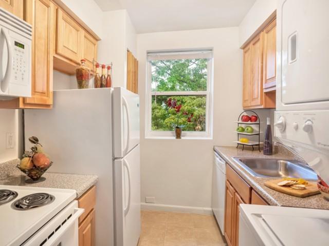 Lehigh Square Apartments Reviews