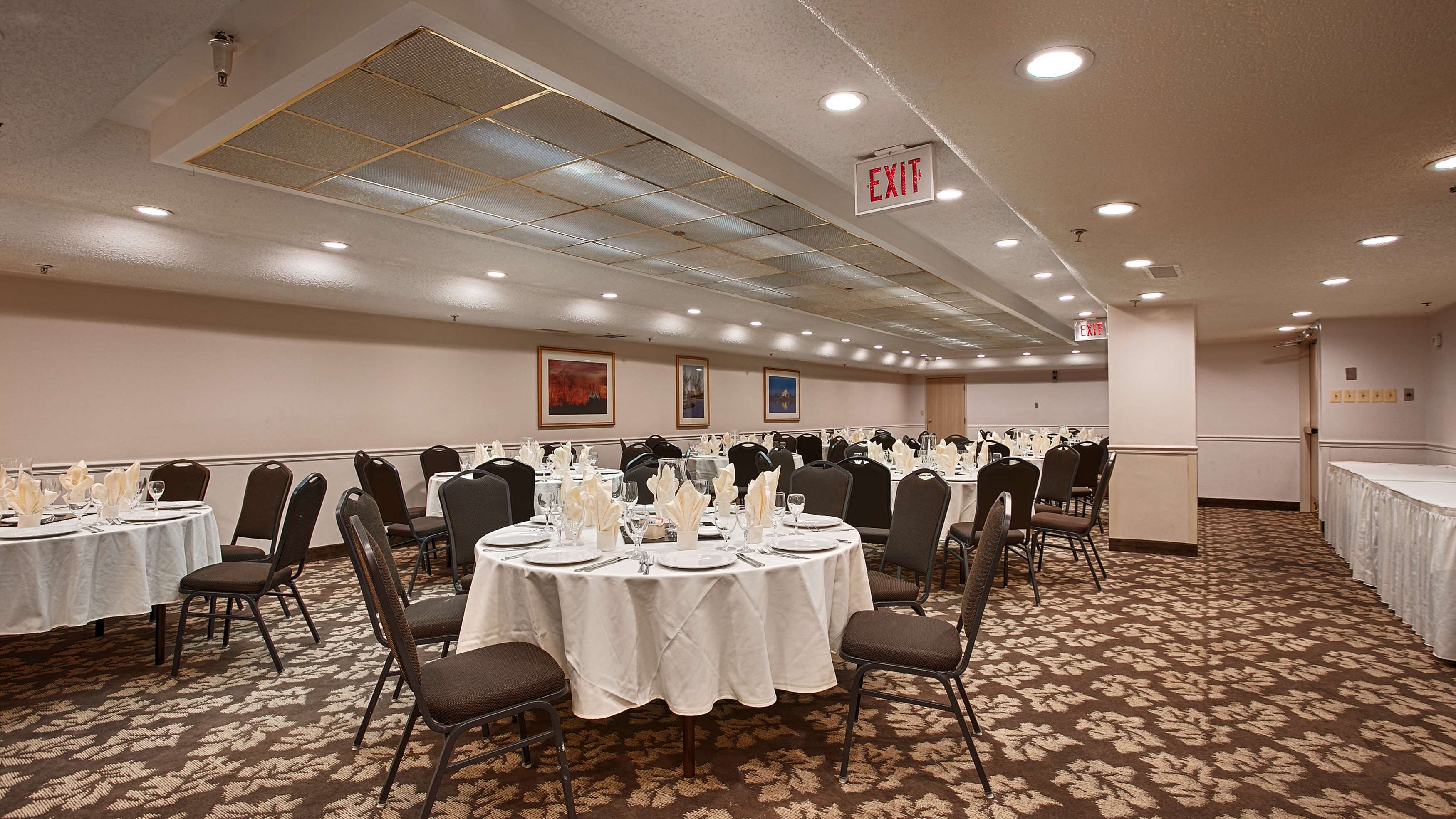 Best Western Plus Rockville Hotel & Suites image 25