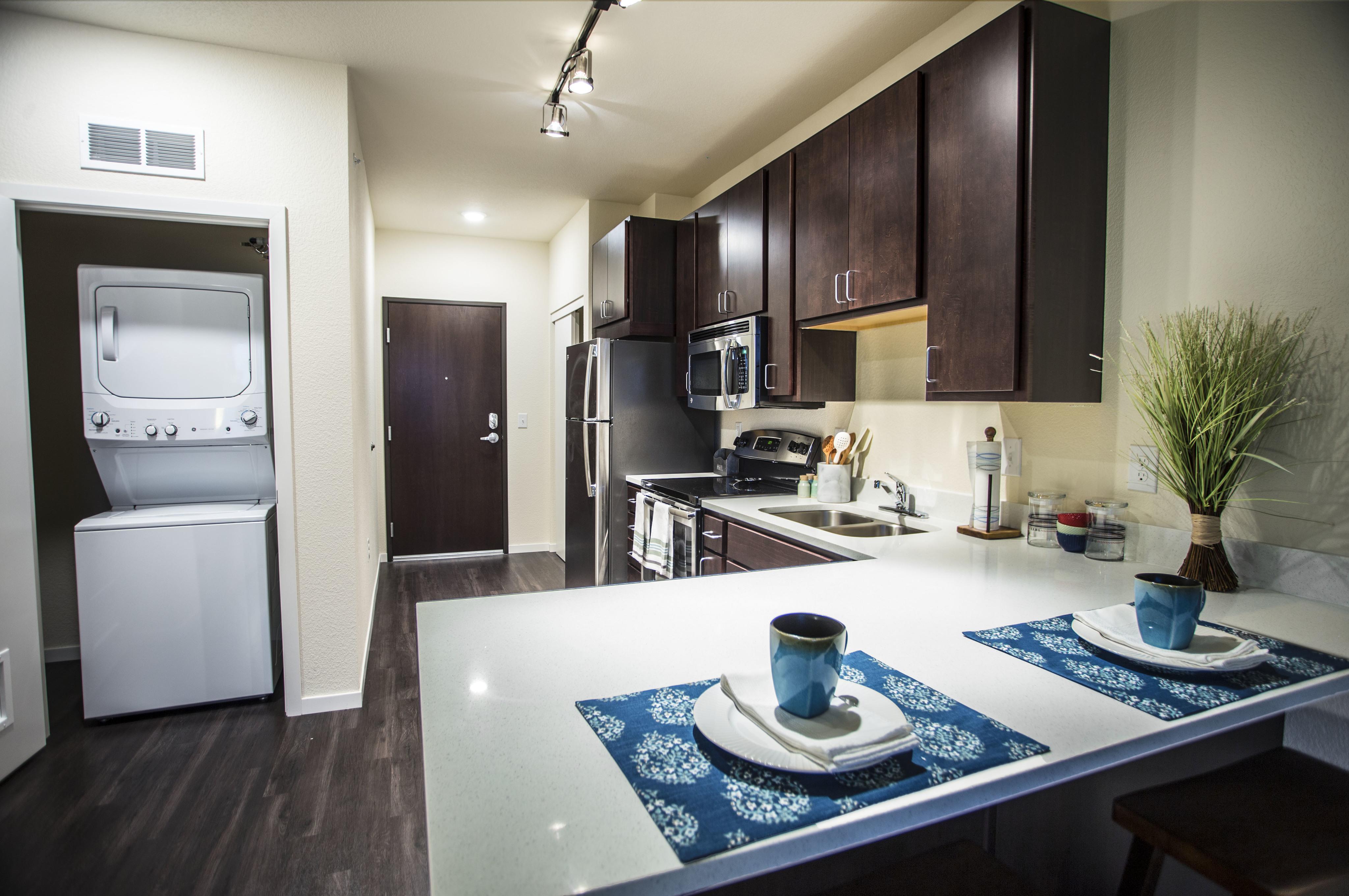 WaHu Apartments image 3