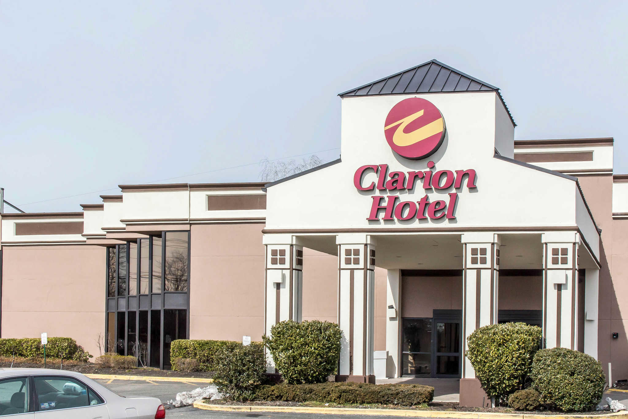 Clarion Hotel & Conference Center image 2