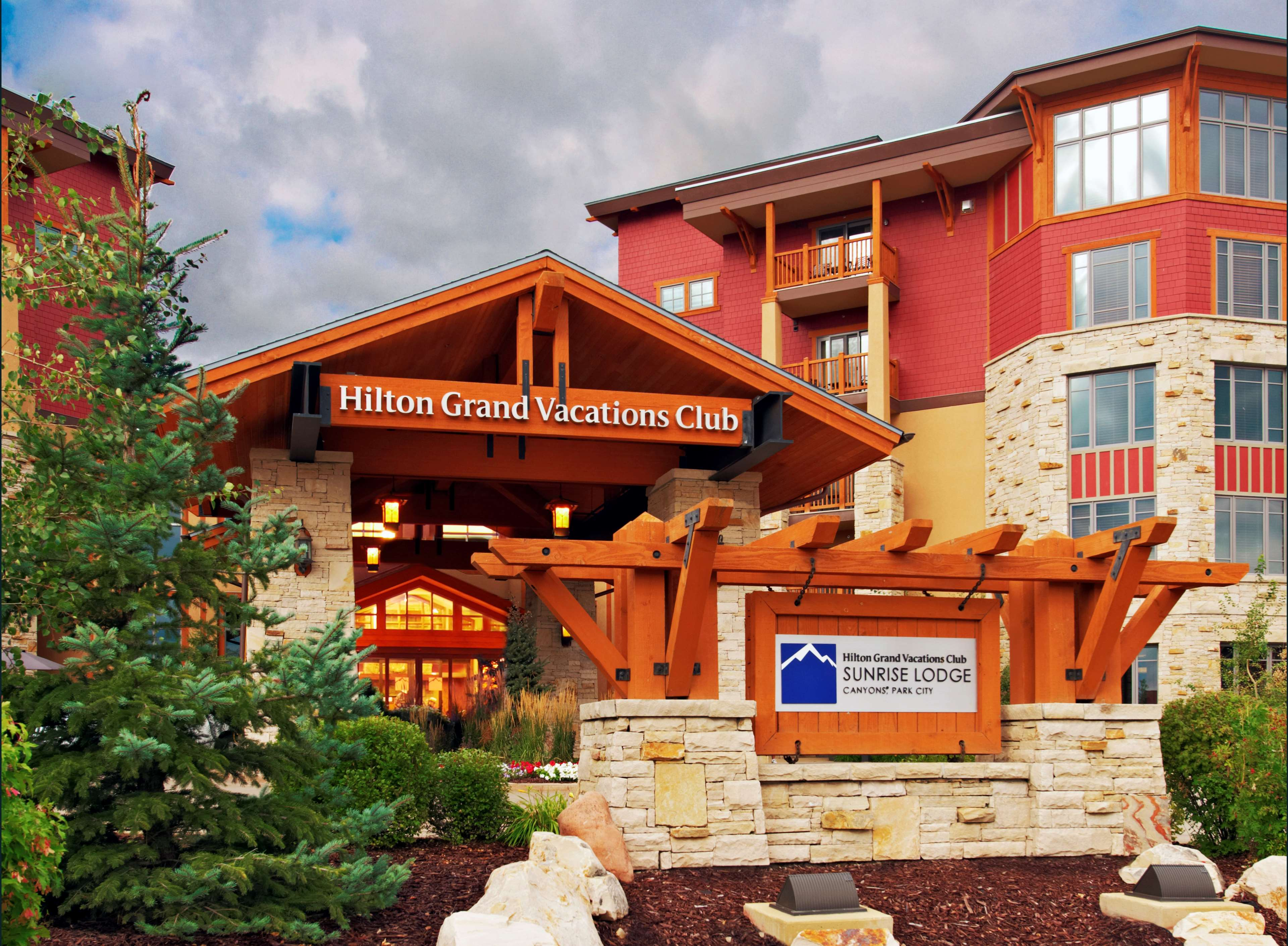 Sunrise Lodge by Hilton Grand Vacations image 3