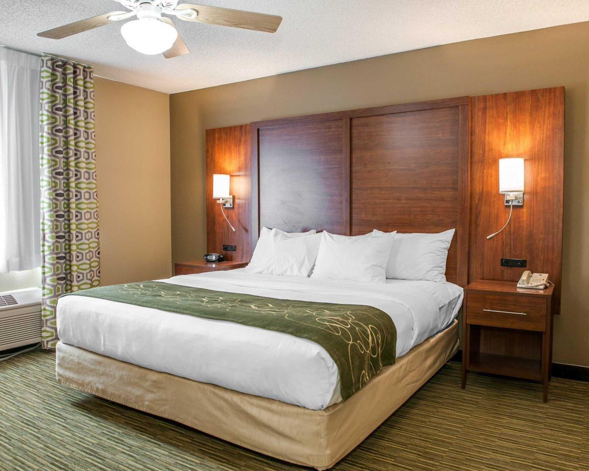 Comfort Suites North in Elkhart, IN, photo #43