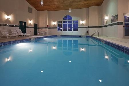 Country Inn & Suites by Radisson, Fond du Lac, WI image 0