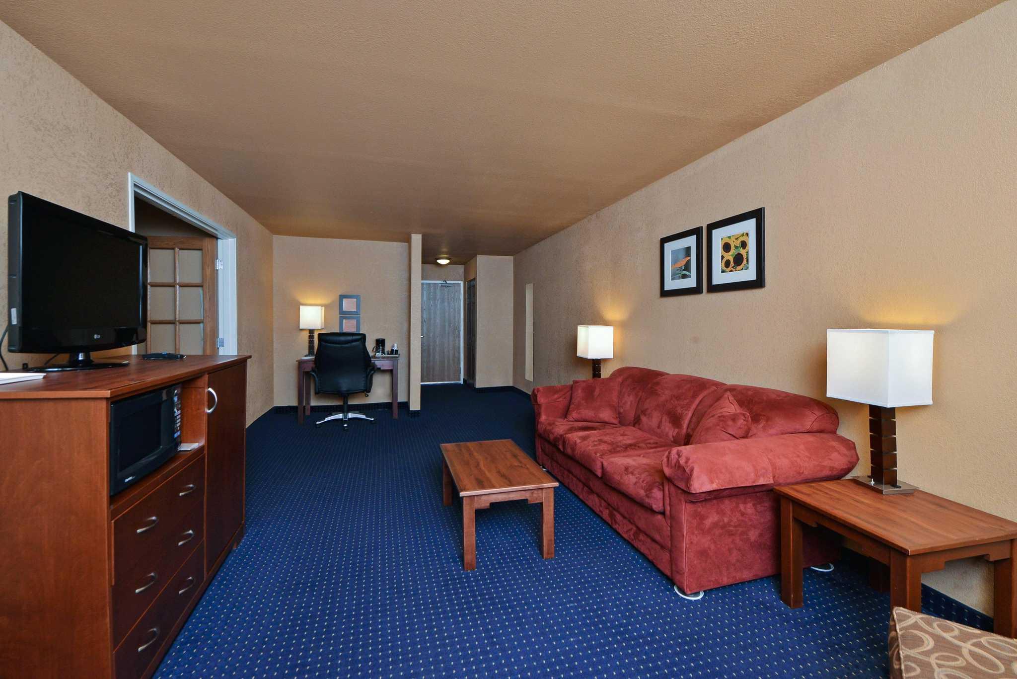 Comfort Inn image 8