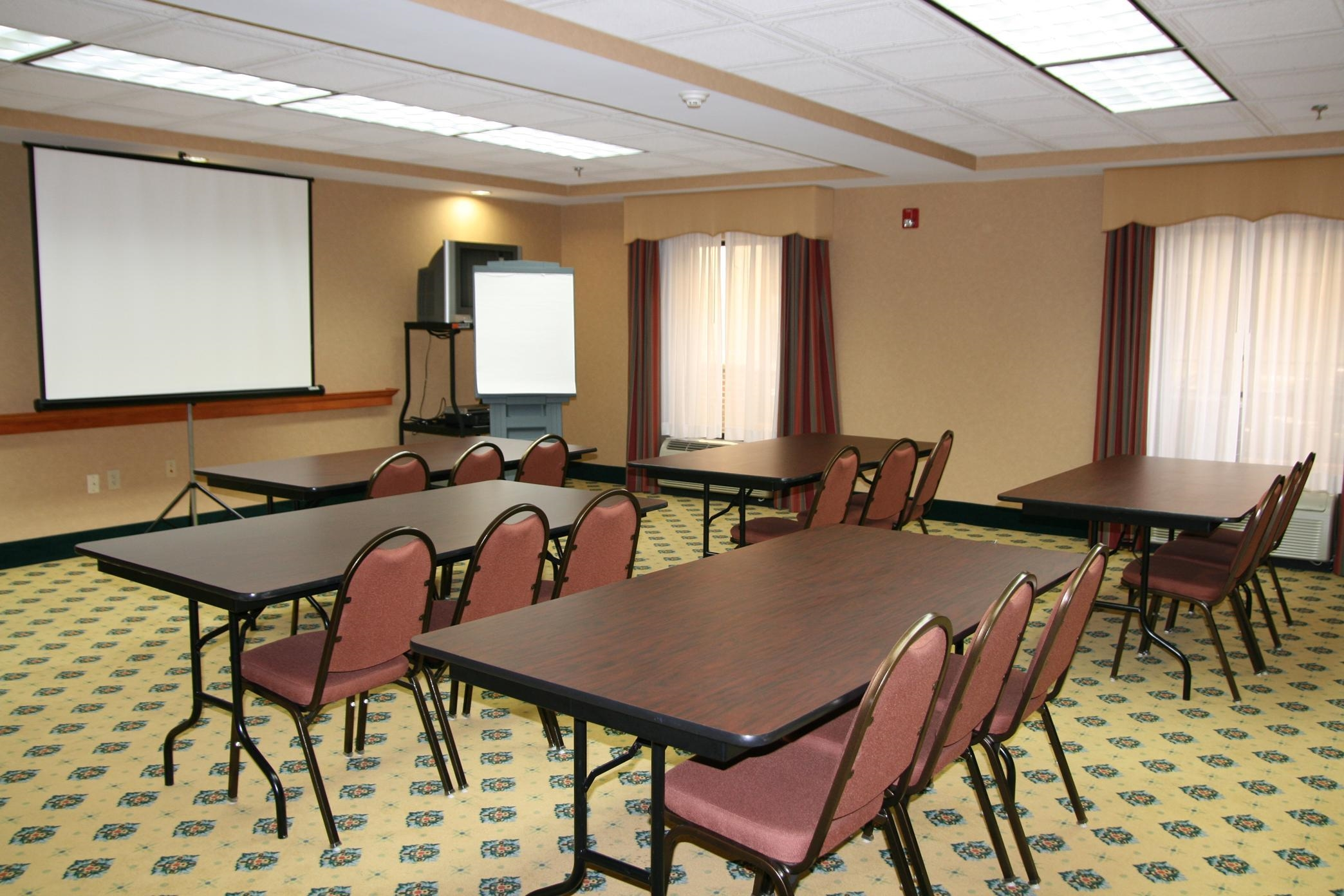 Hampton Inn Fort Payne image 13