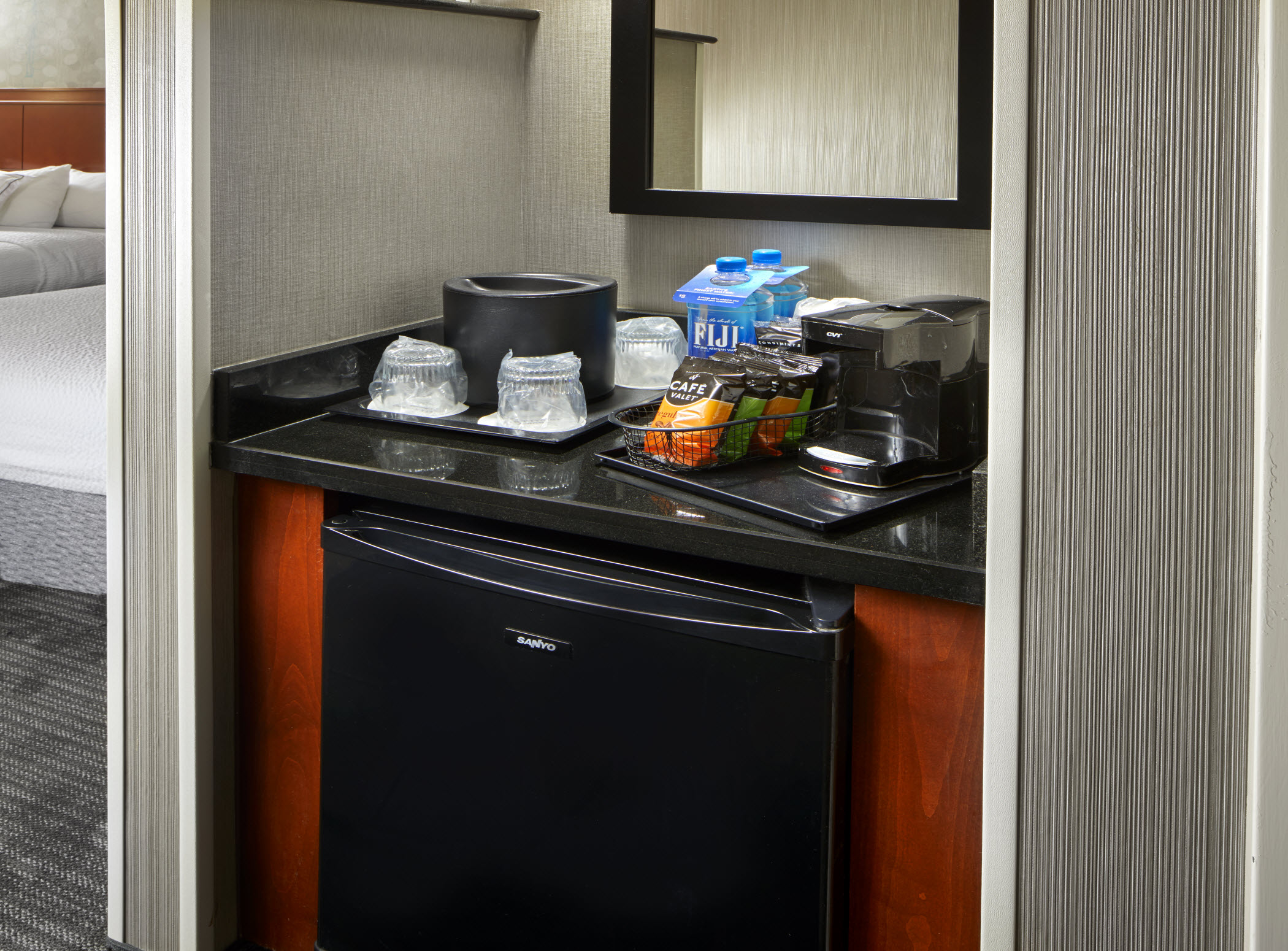 Courtyard by Marriott San Antonio Six Flags® at The RIM image 6