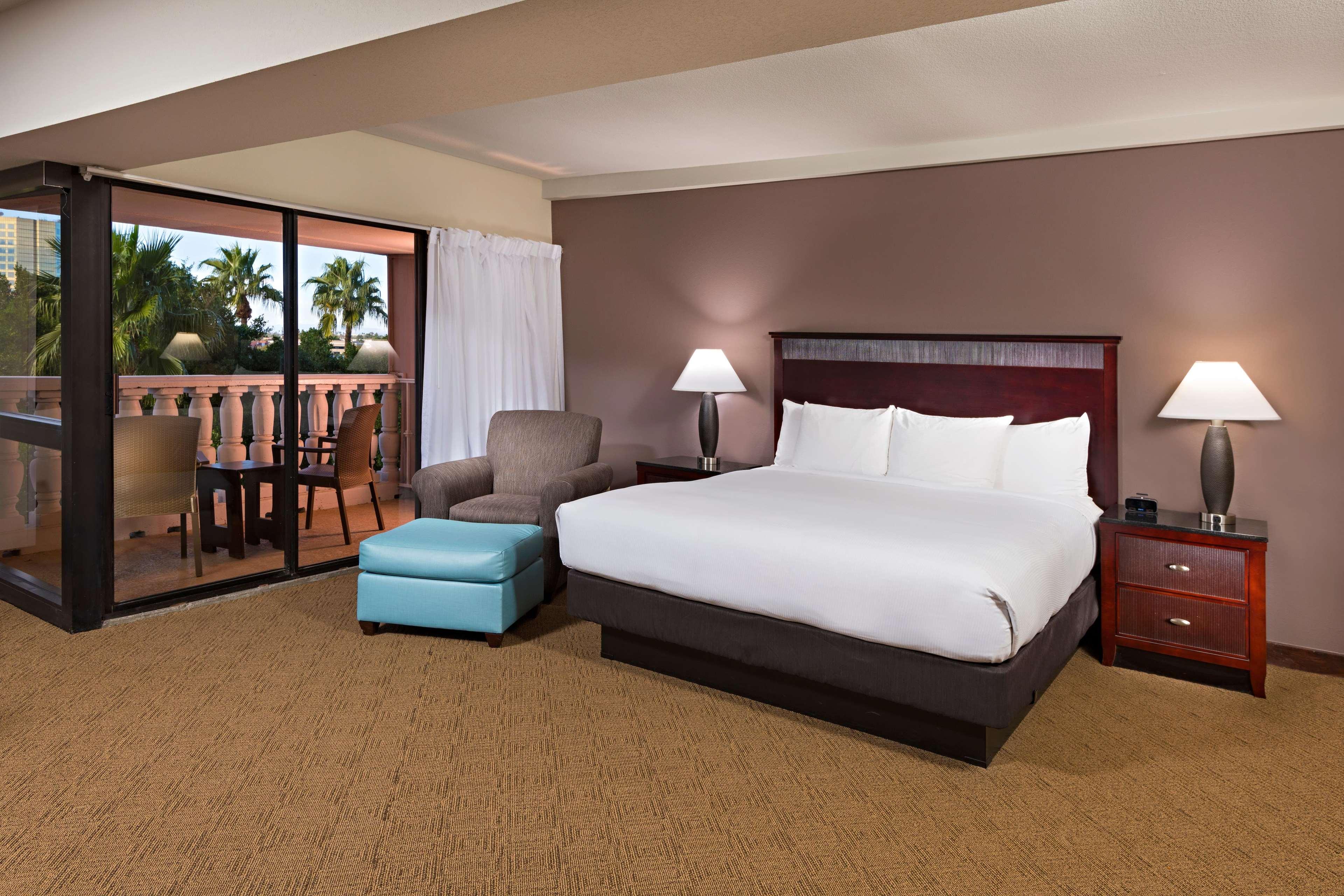 Hilton Phoenix/Mesa image 26