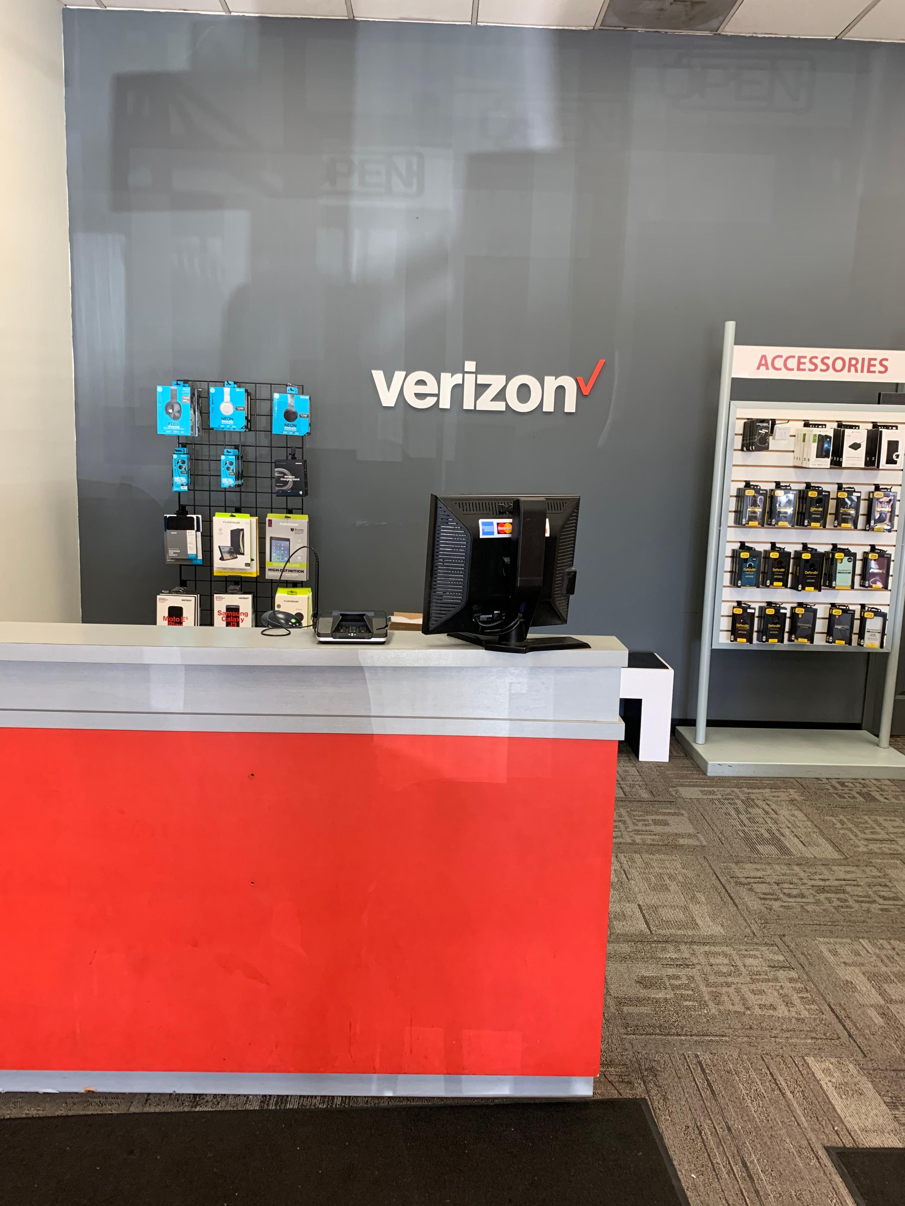 Verizon Authorized Retailer – Victra image 3