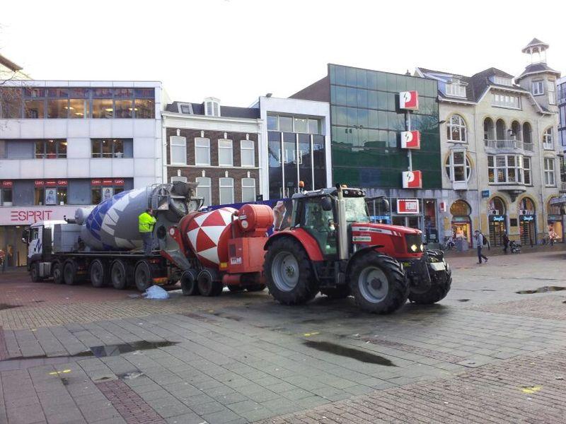 Loon/grondverzet en handelsbedrijf Rijkenhuizen B.V.