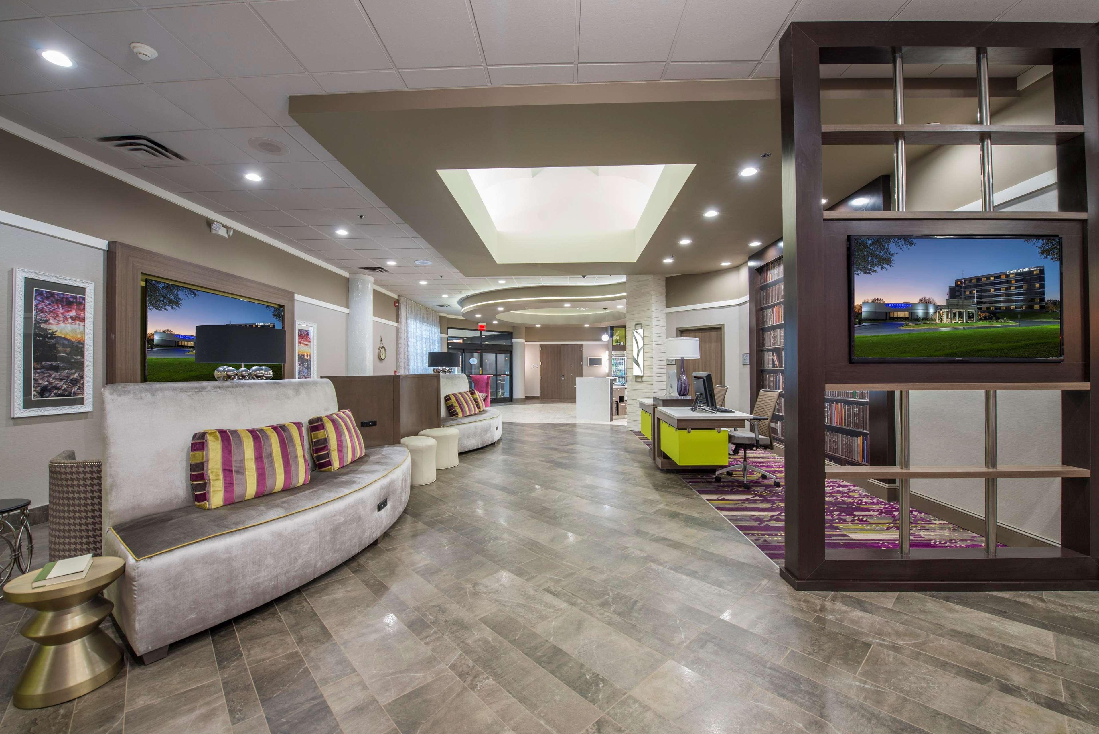 DoubleTree by Hilton Hotel Winston Salem - University image 15