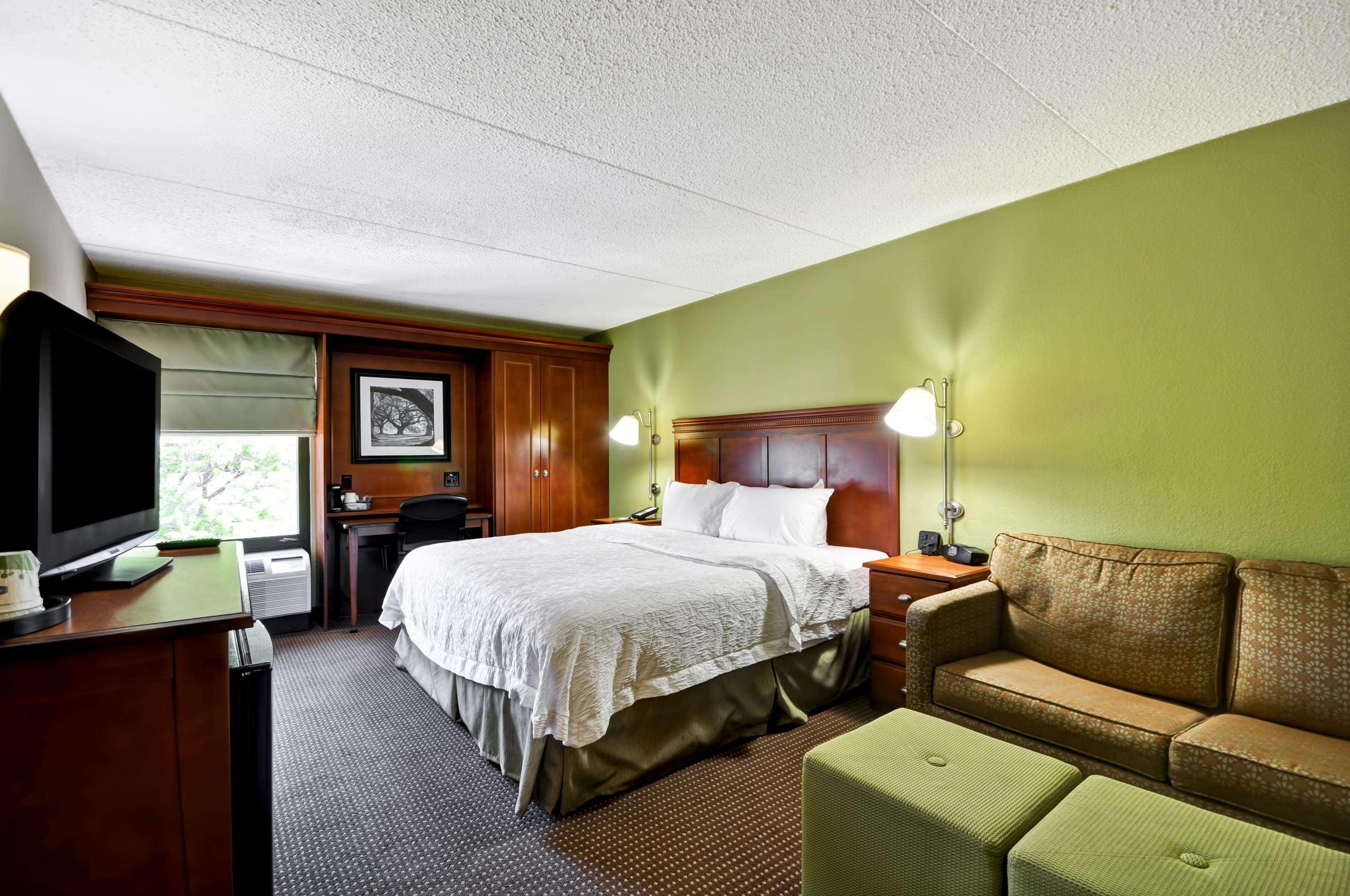 Hampton Inn St. Louis/Westport image 32