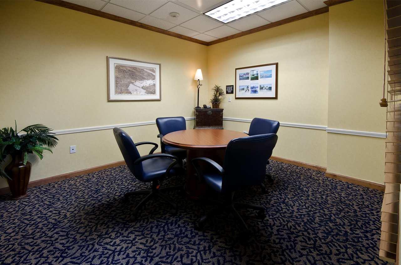 Hampton Inn & Suites Jacksonville South-St. Johns Town Center Area image 17