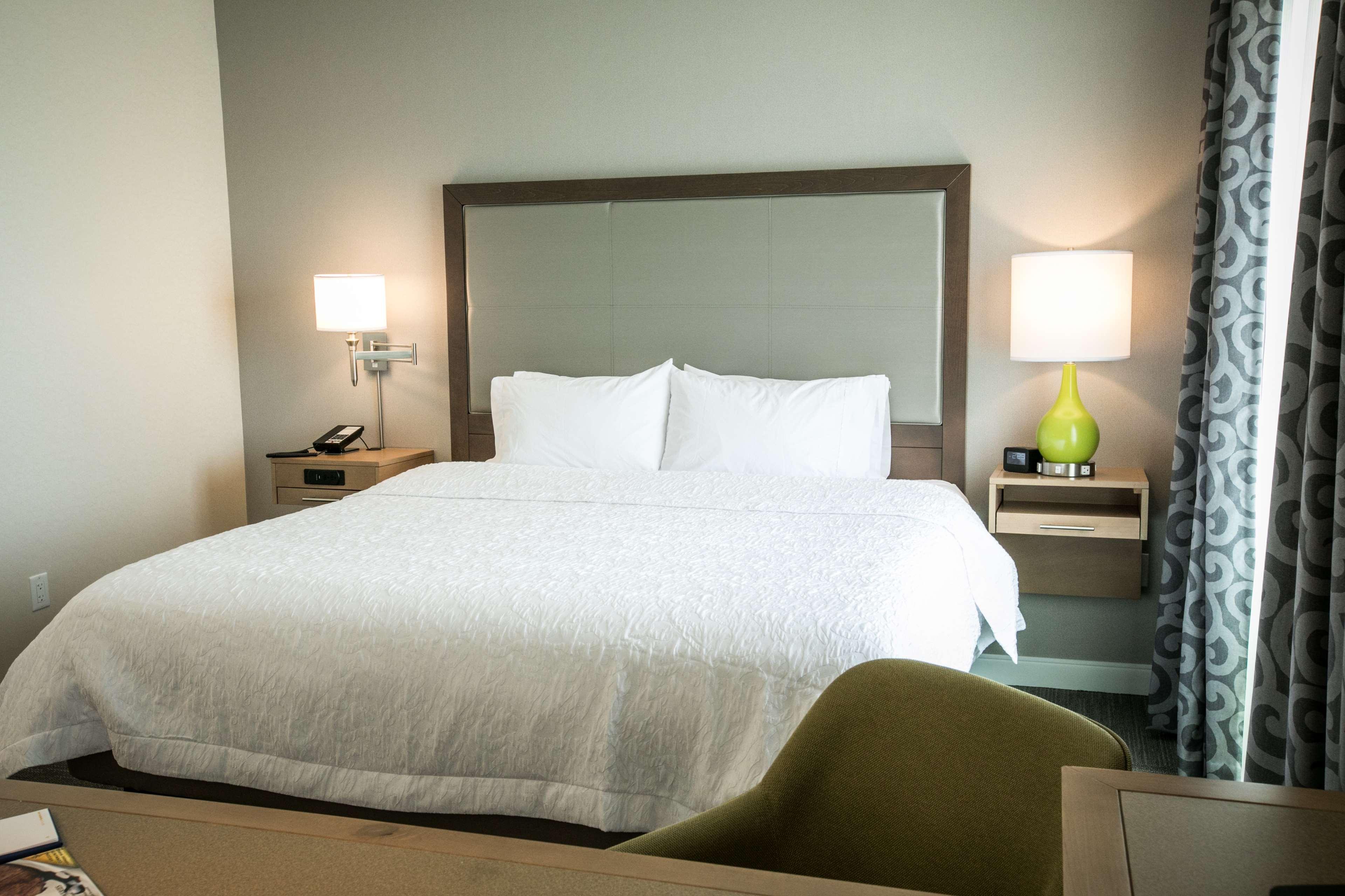 Hampton Inn & Suites Tempe - Phoenix Airport image 24