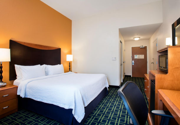 Fairfield Inn Amp Suites By Marriott Lakeland Plant City At