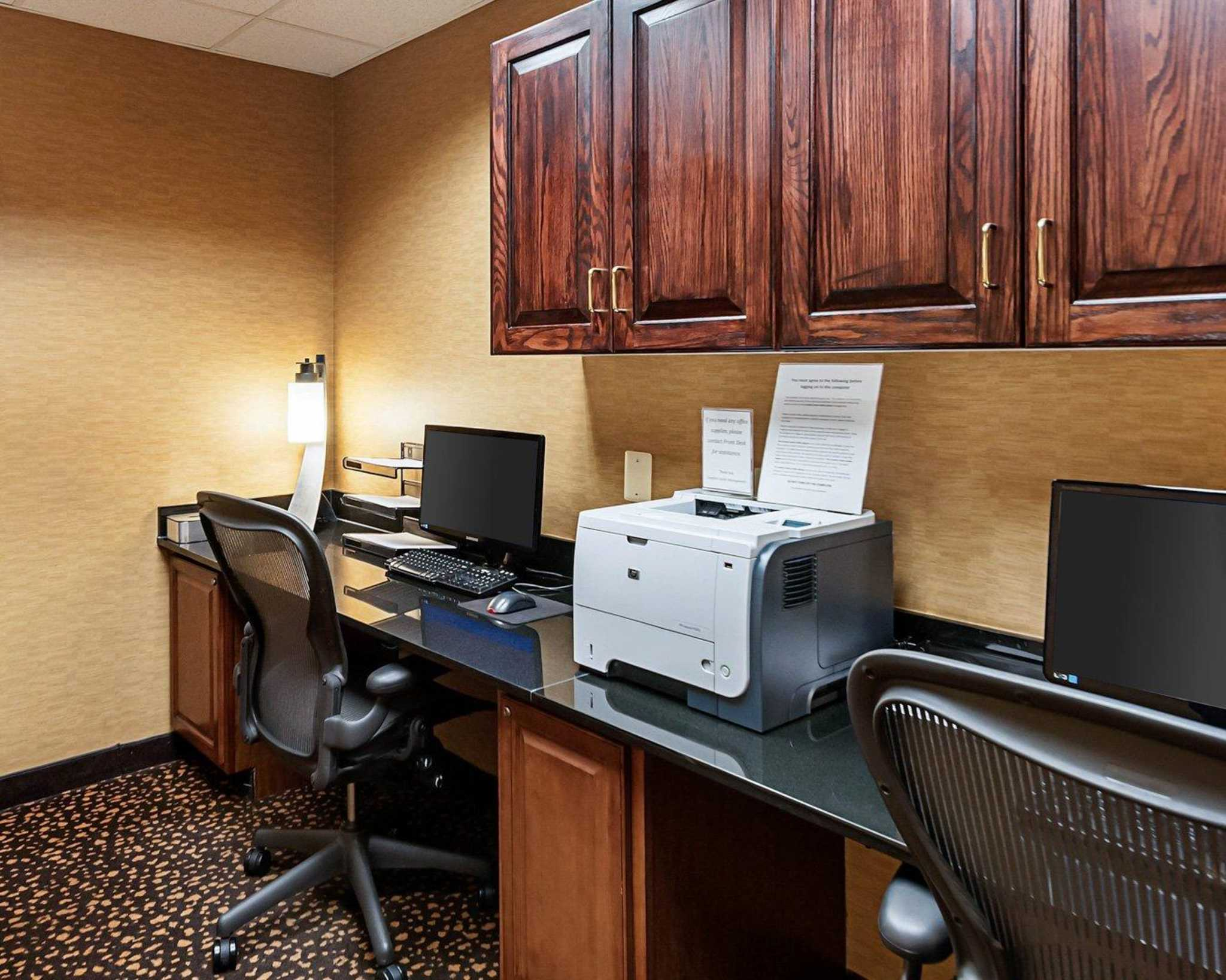 Comfort Suites Dulles Airport image 16