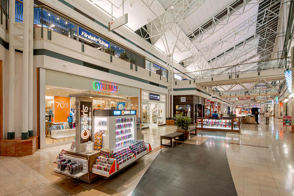 The Woodlands Mall image 9
