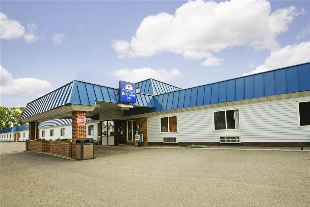 Americas Best Value Inn Grand Forks At 1000 North 42nd Street Grand Forks Nd On Fave
